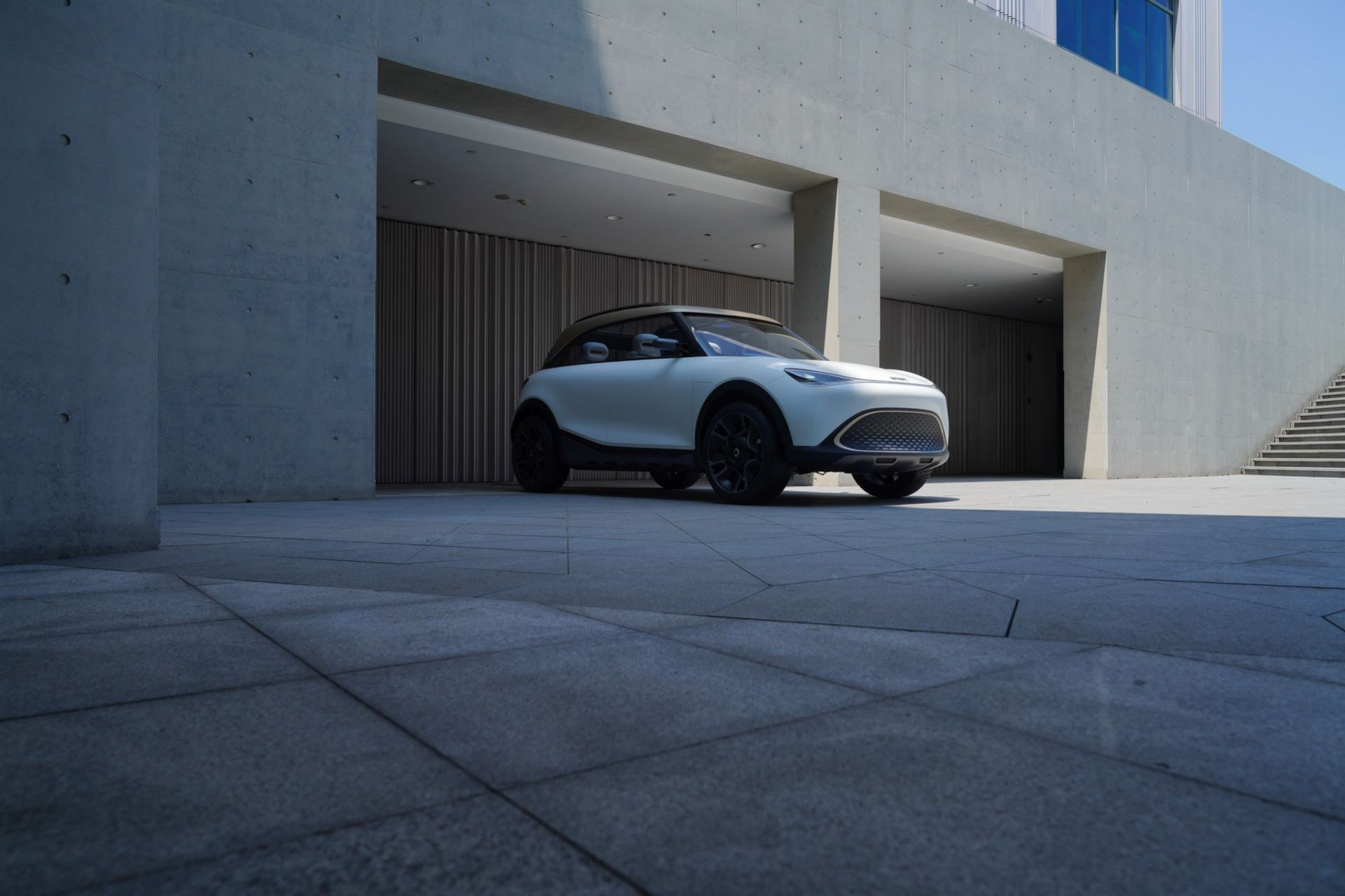 1_Smart-SUV-Concept-2