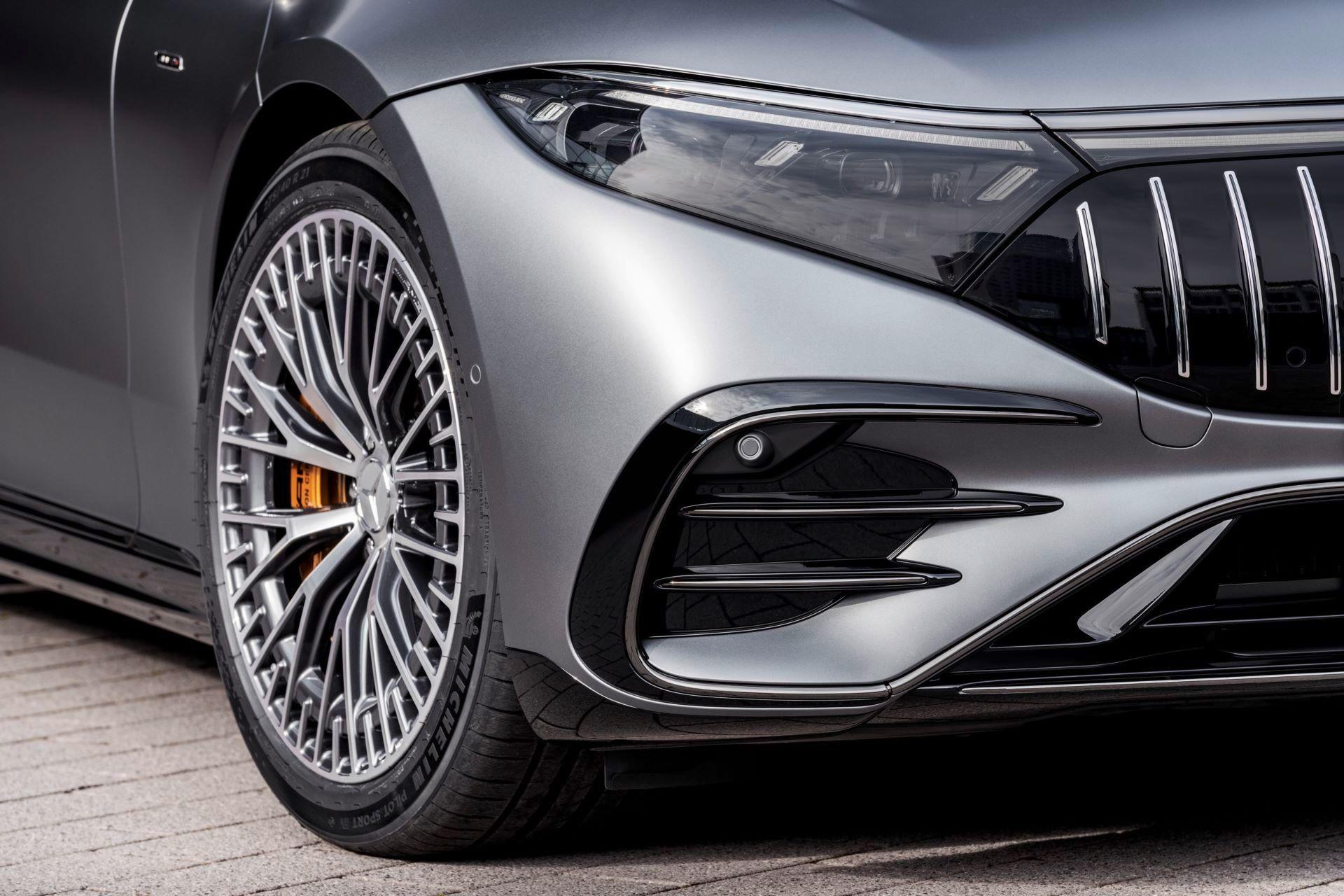 Mercedes-AMG-EQS-53-25