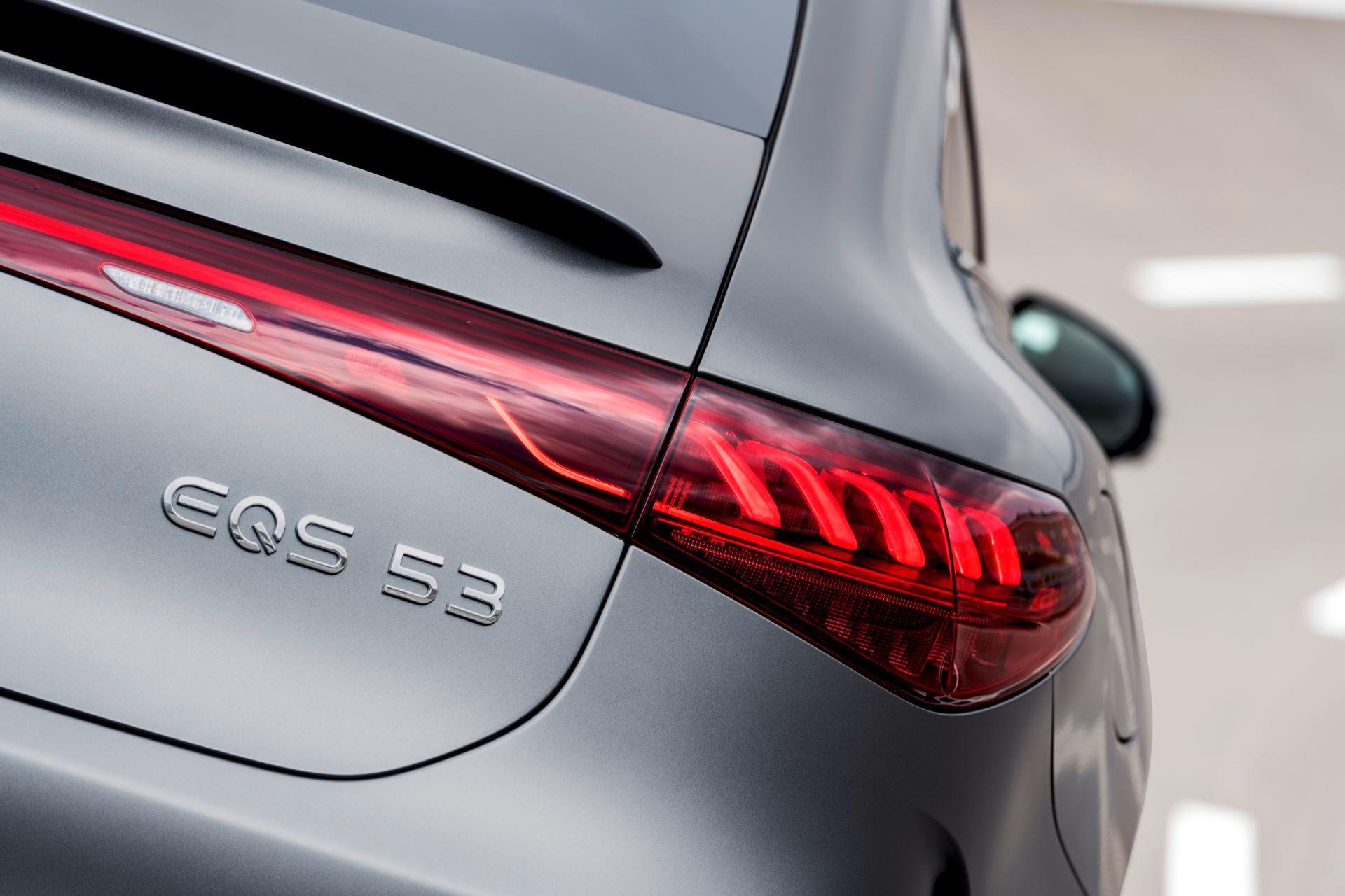 Mercedes-AMG-EQS-53-29