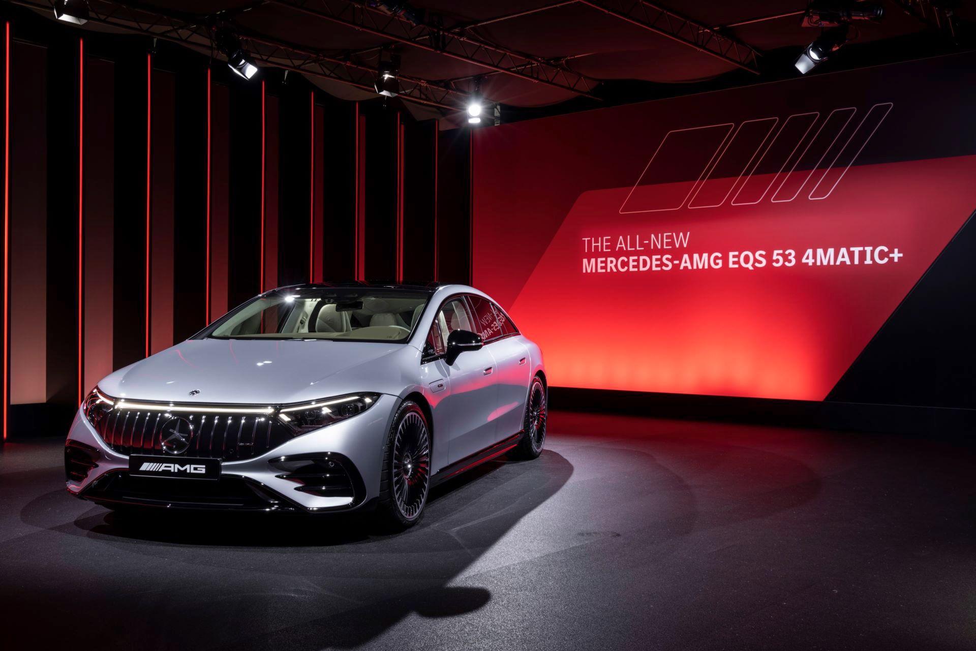 Mercedes-AMG-EQS-53-34