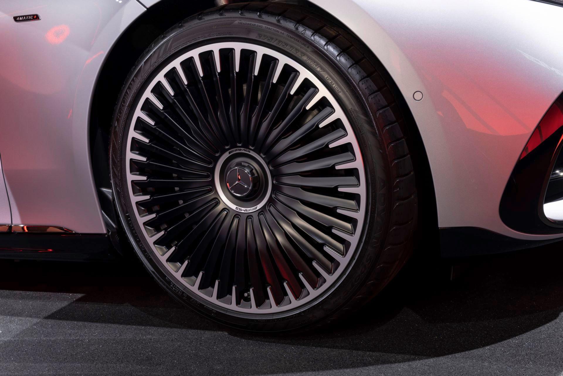 Mercedes-AMG-EQS-53-45