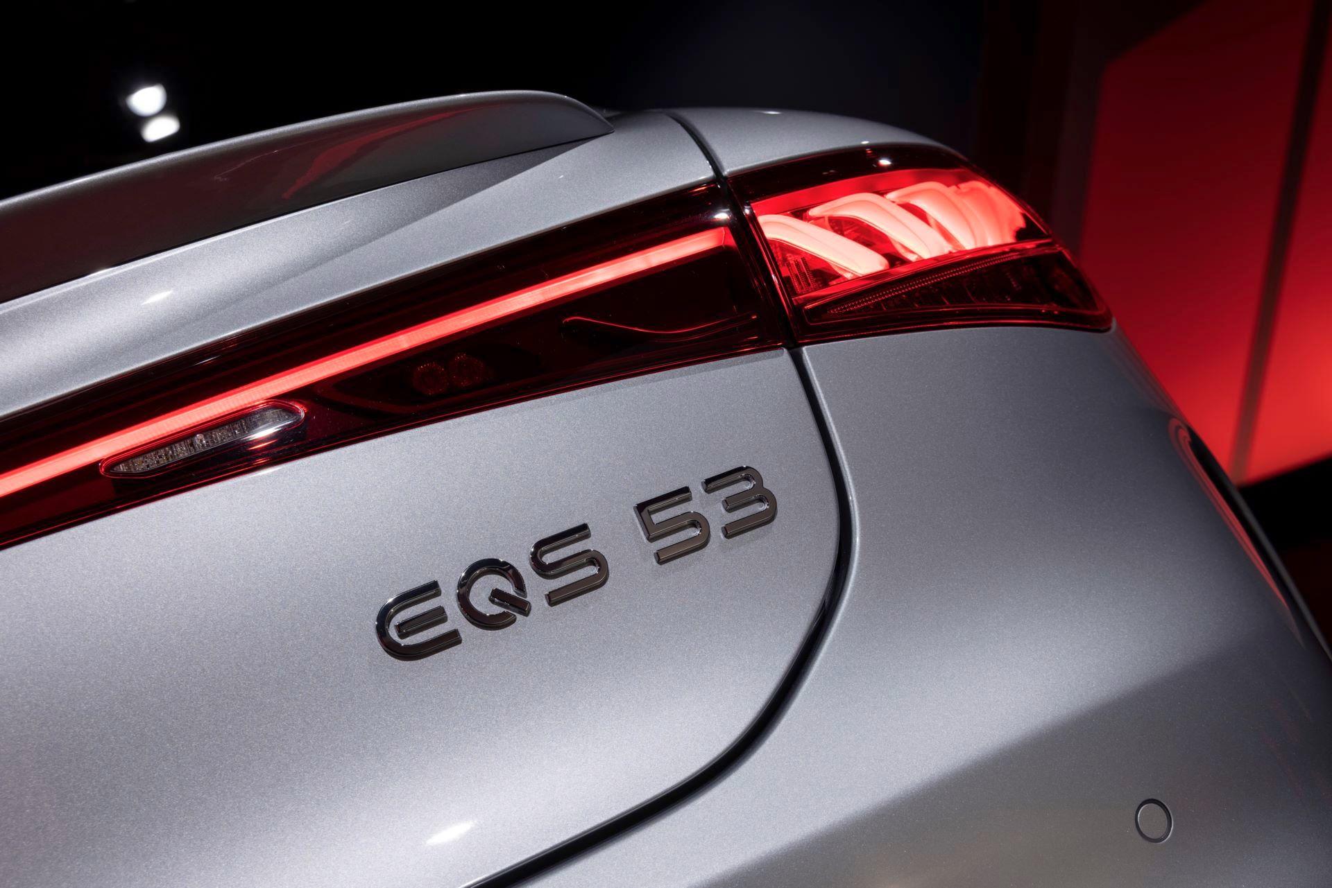 Mercedes-AMG-EQS-53-49