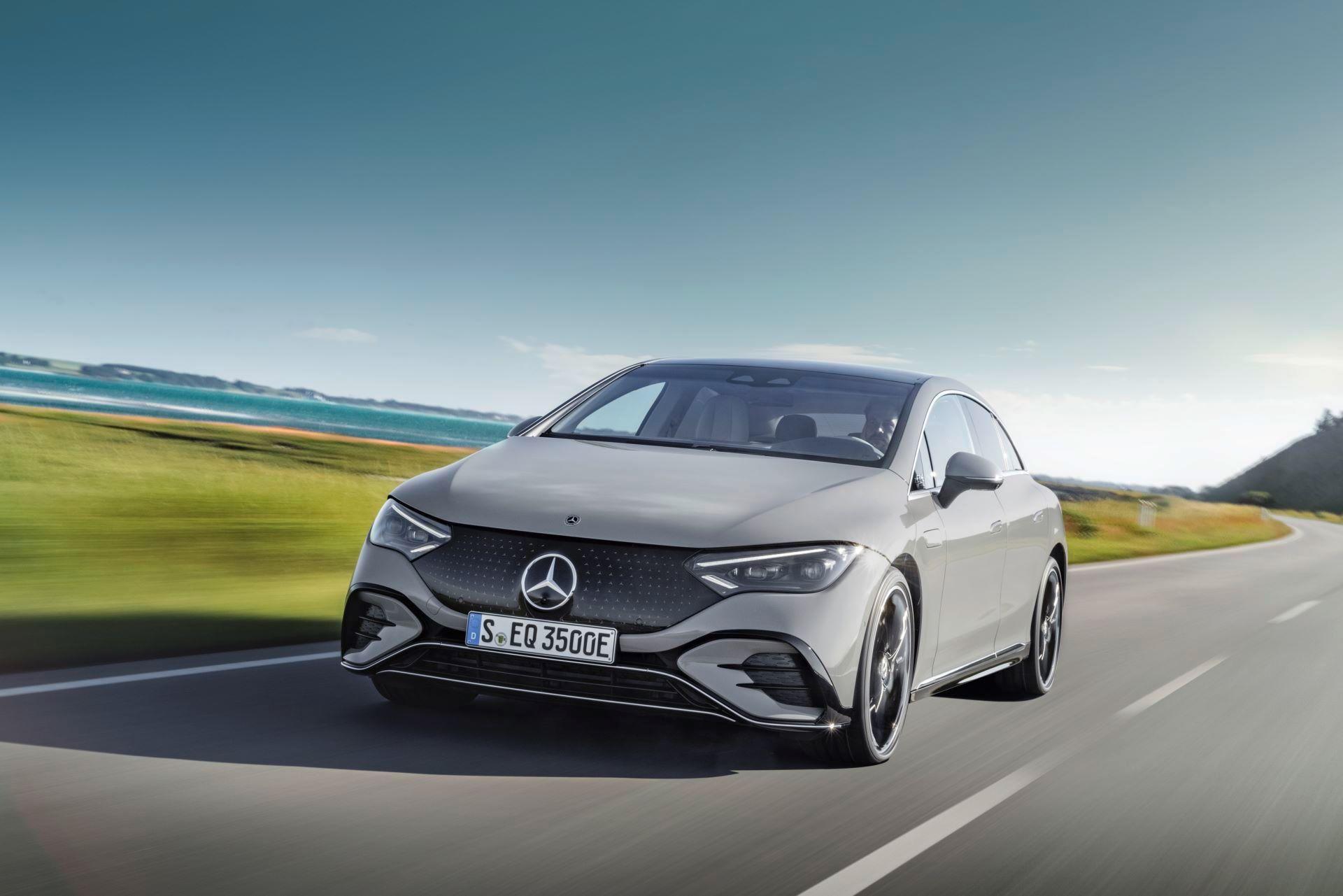 Mercedes-EQE-1