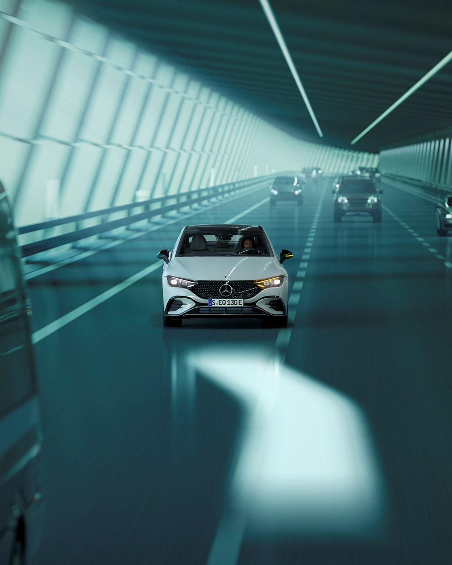 Mercedes-EQE-113