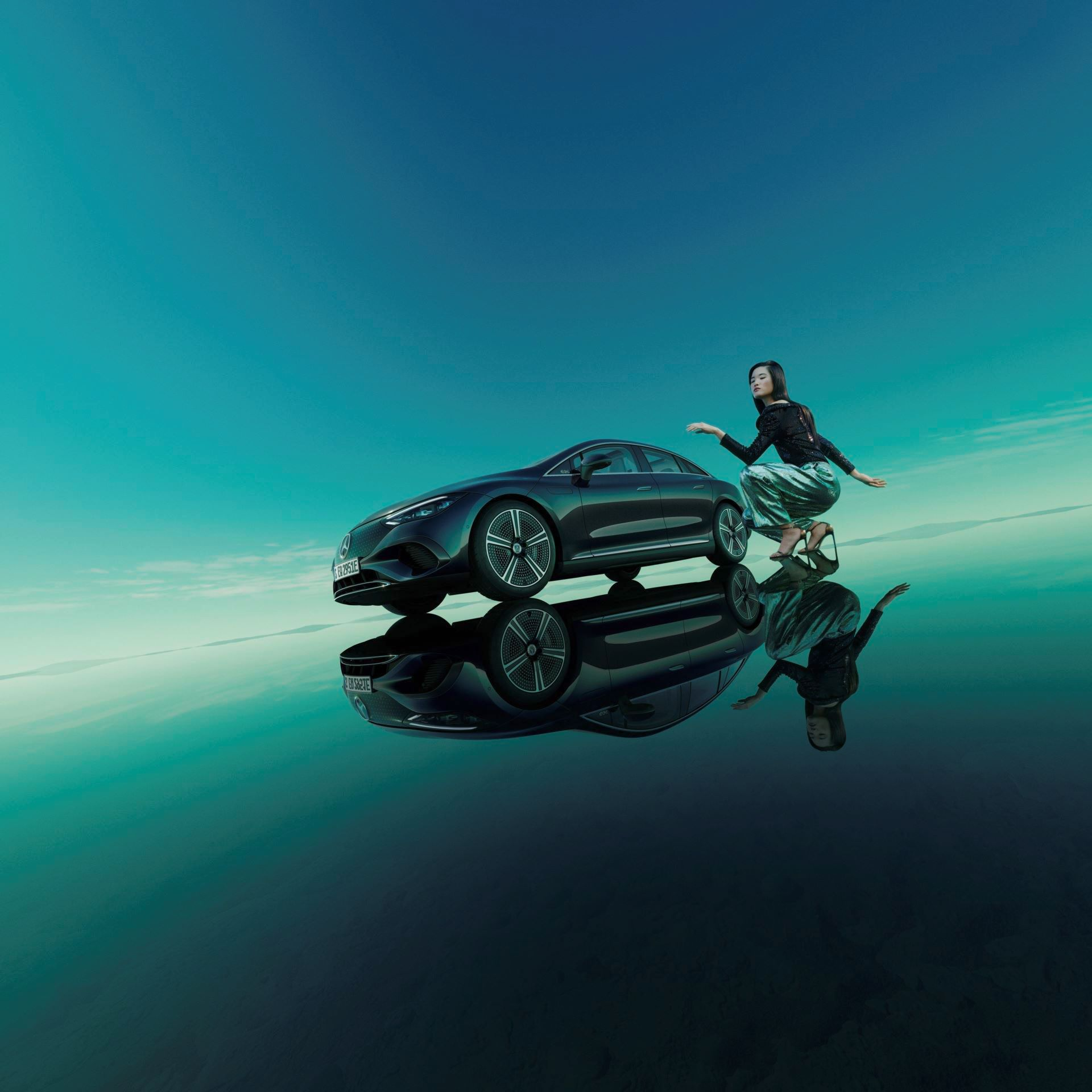 Mercedes-EQE-132