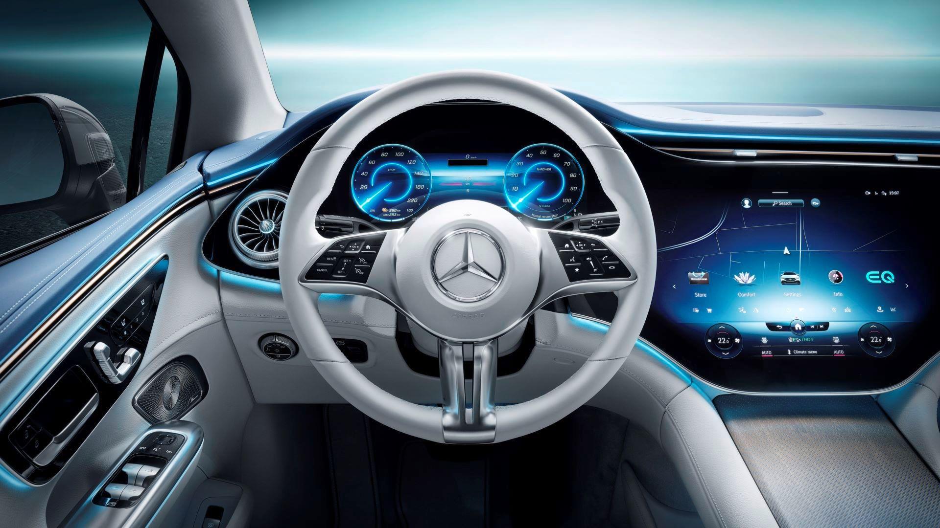 Mercedes-EQE-66