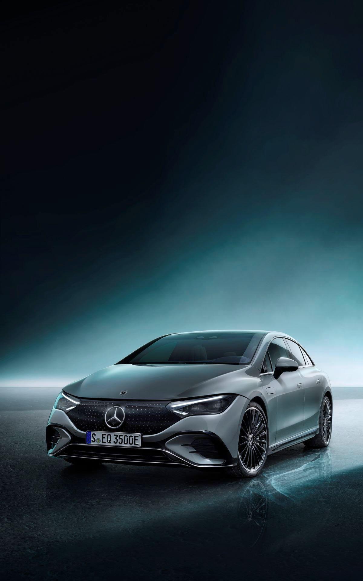 Mercedes-EQE-70