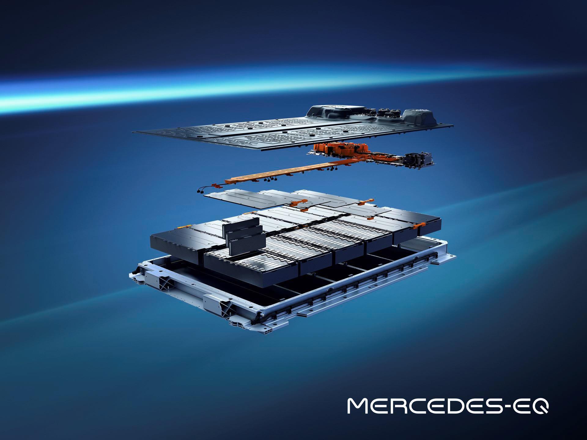 Mercedes-EQS-128