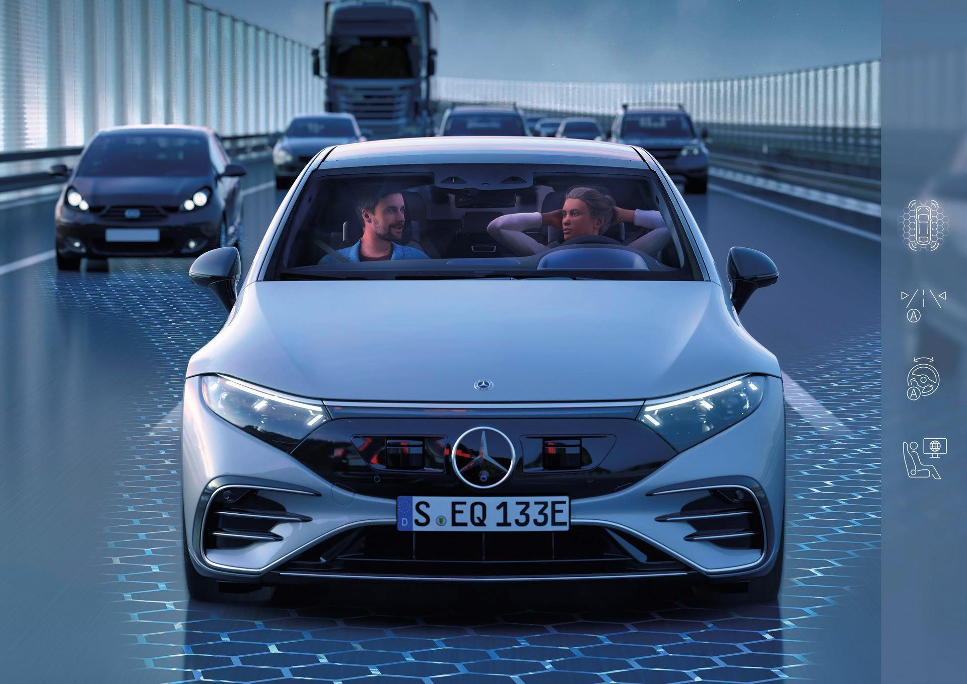 Mercedes-EQS-183