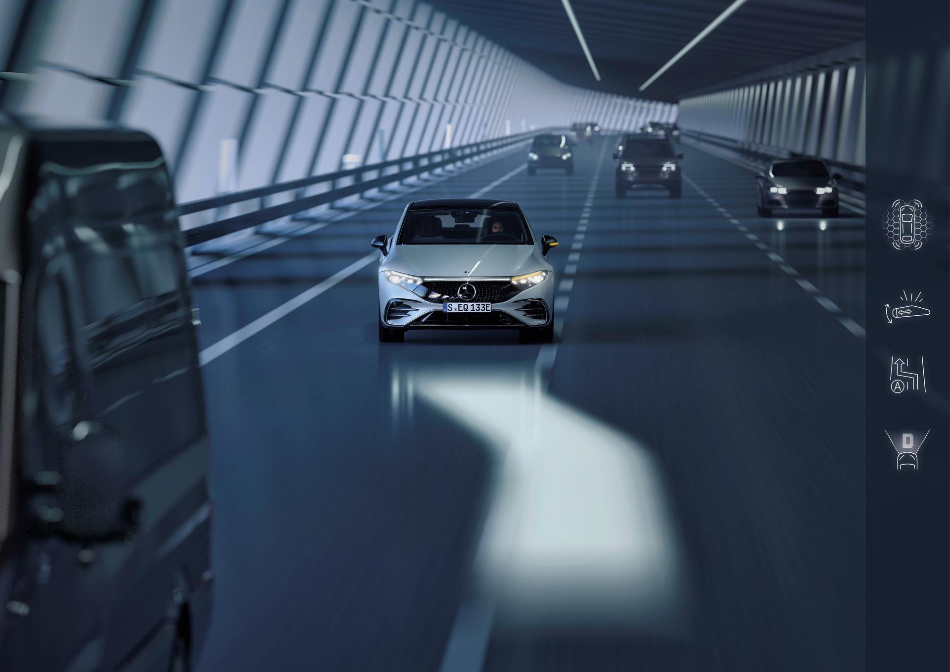 Mercedes-EQS-193
