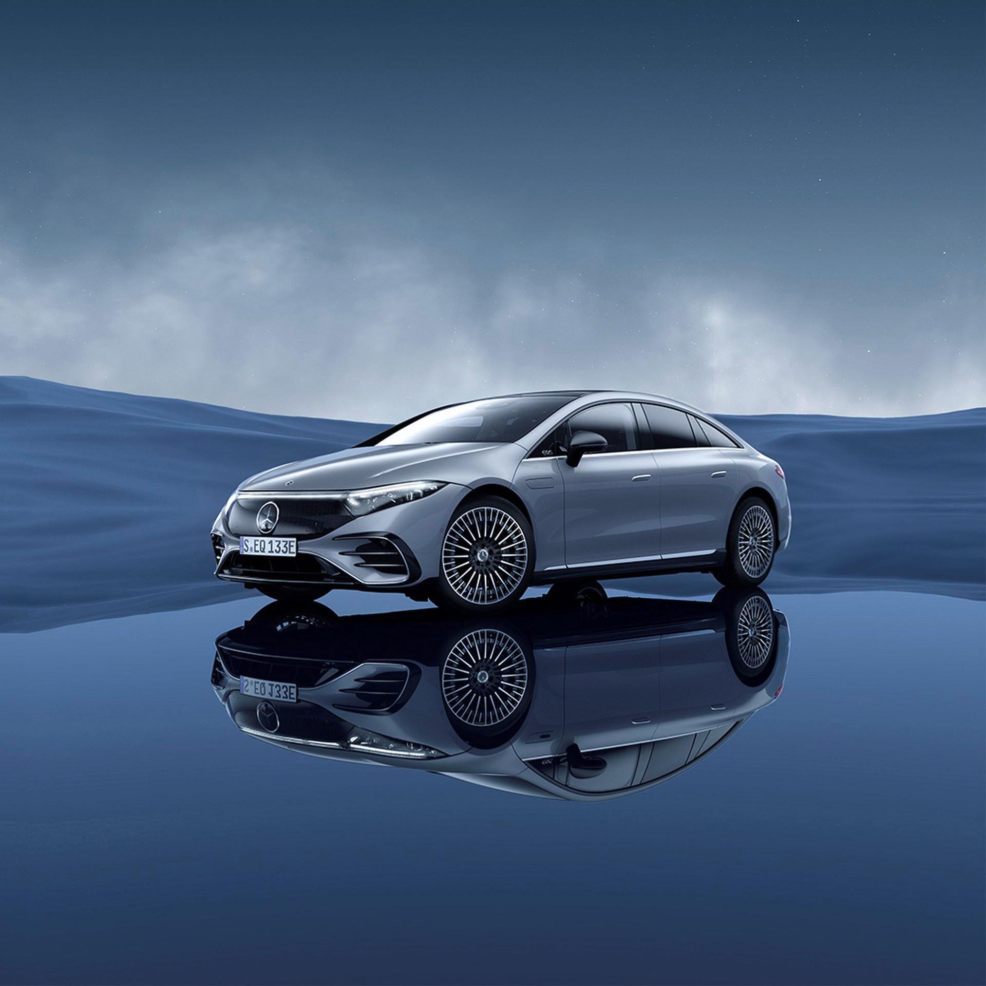 Mercedes-EQS-226