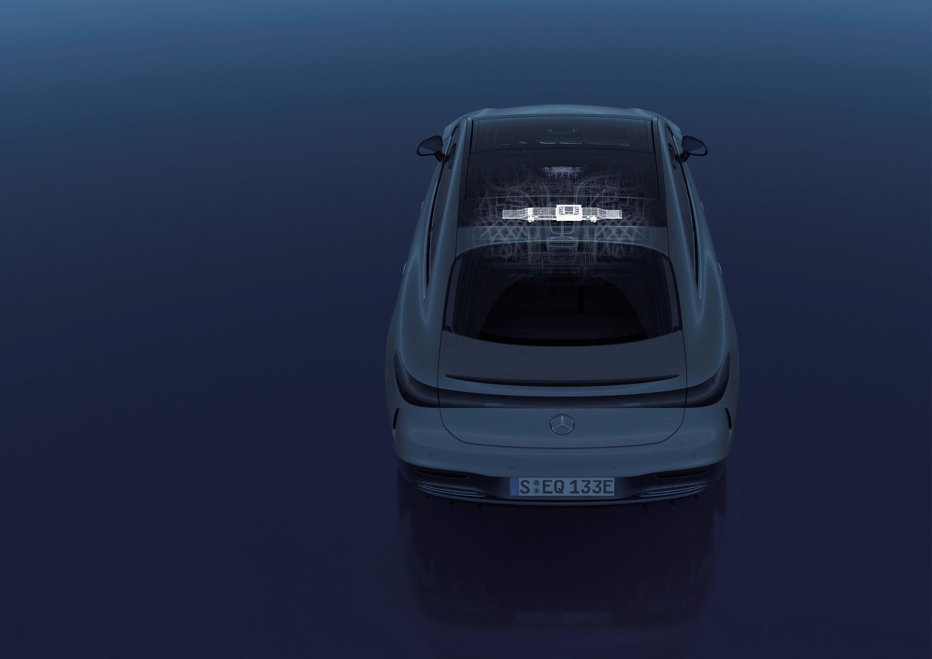 Mercedes-EQS-233