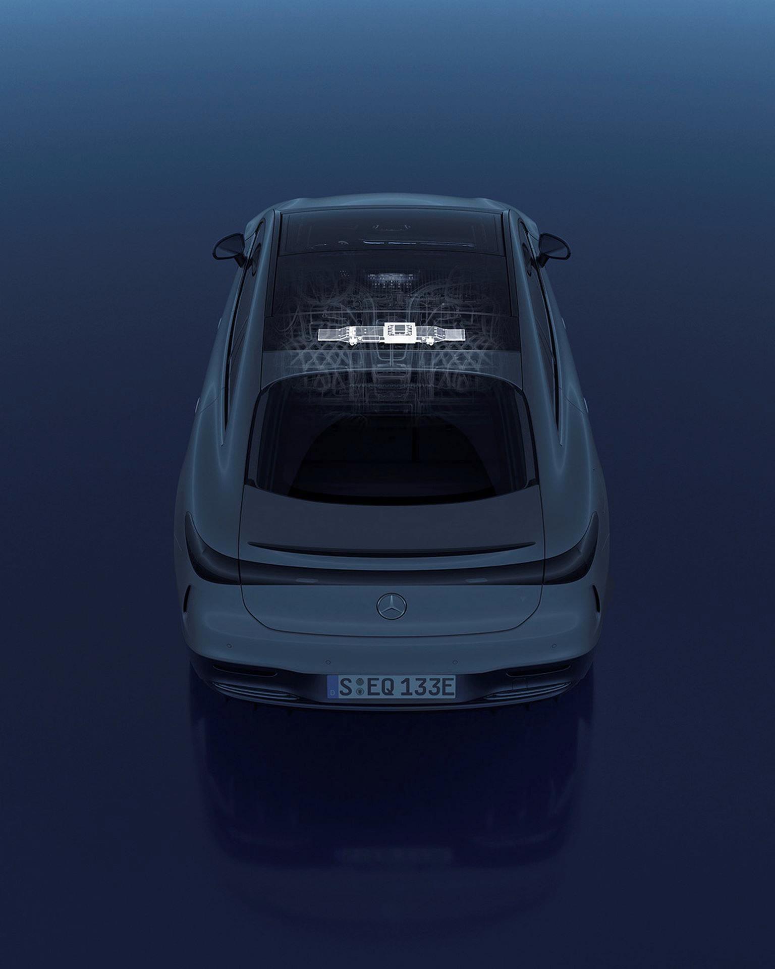 Mercedes-EQS-236