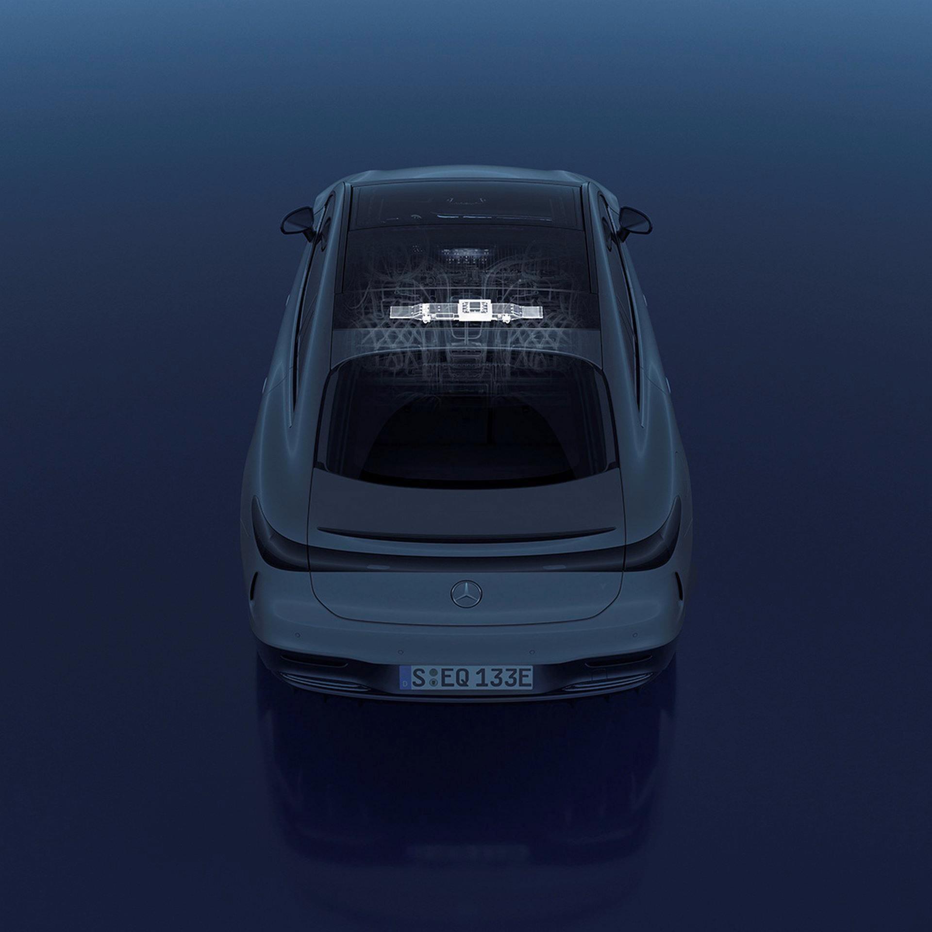 Mercedes-EQS-237