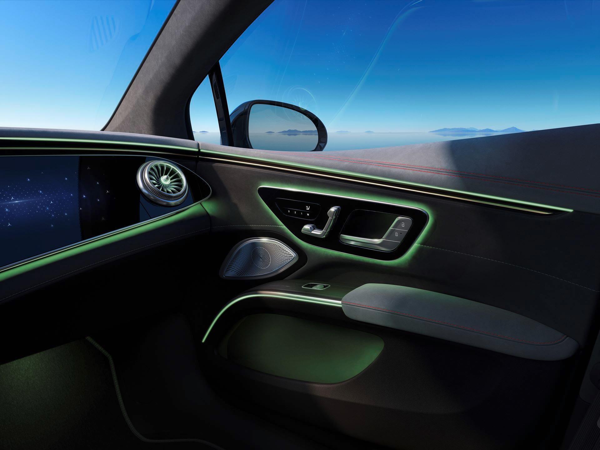 Mercedes-EQS-271