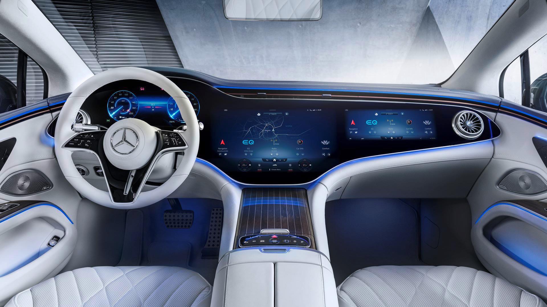 Mercedes-EQS-34