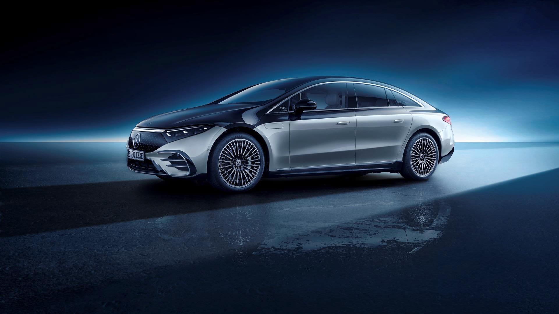 Mercedes-EQS-53