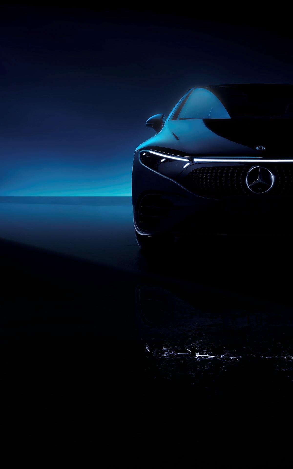 Mercedes-EQS-70
