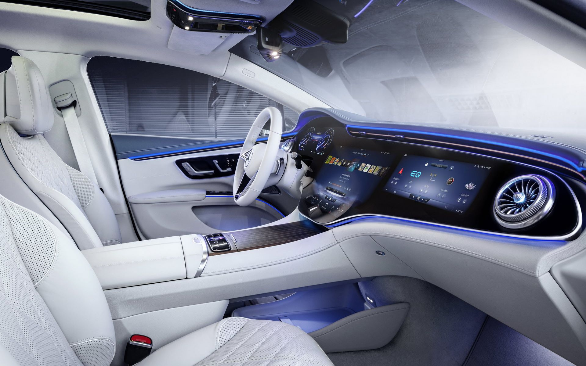 Mercedes-EQS-interior-1