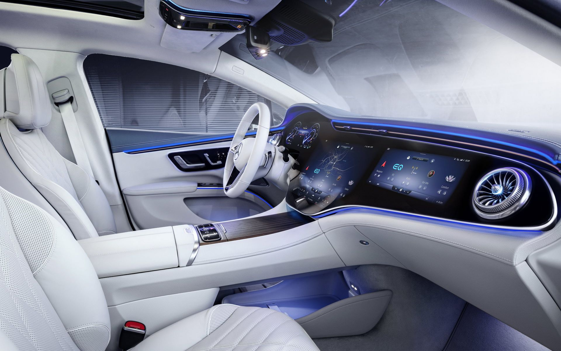 Mercedes-EQS-interior-2