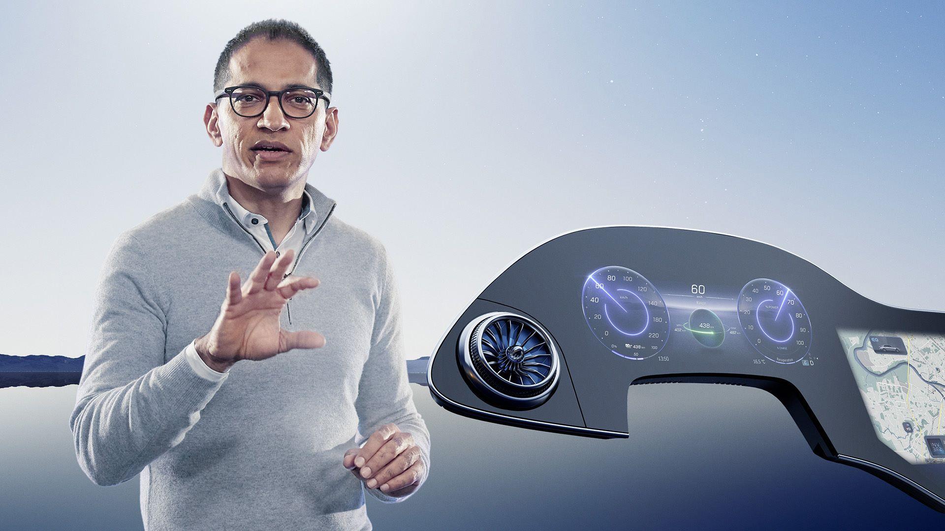 Mercedes-MBUX-Hyperscreen-13