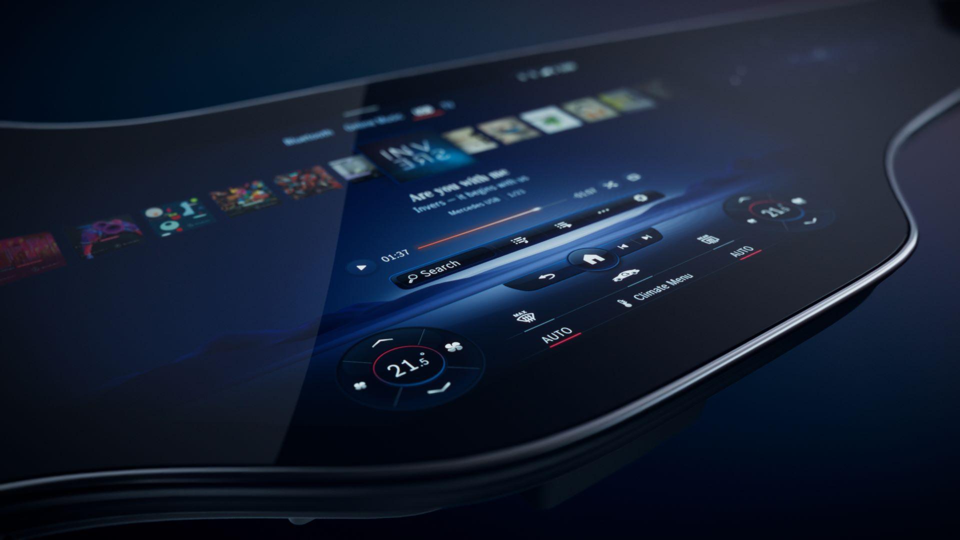 Mercedes-MBUX-Hyperscreen-6