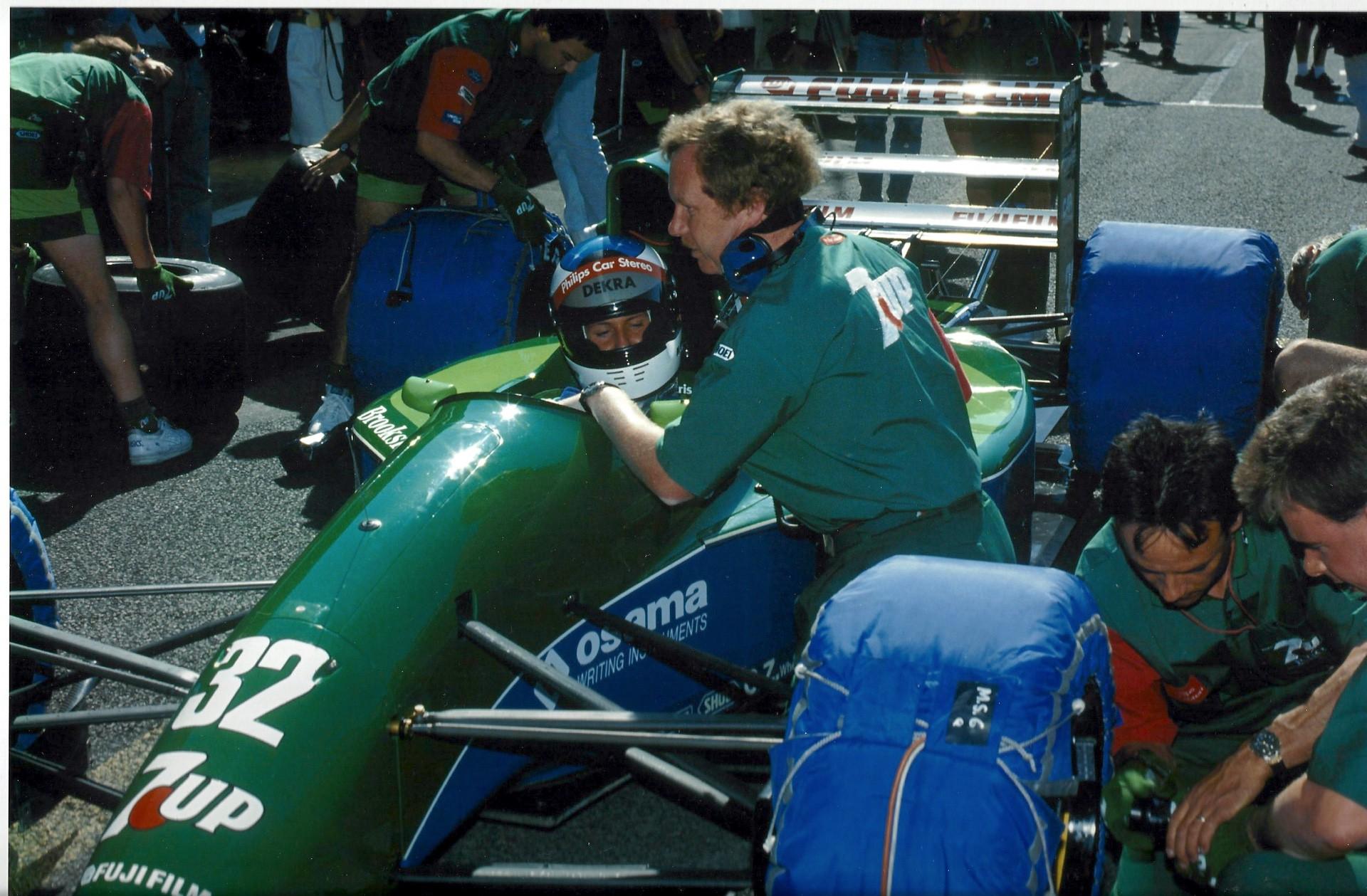 Michael_Schumacher_Jordan_F1_debut-0009