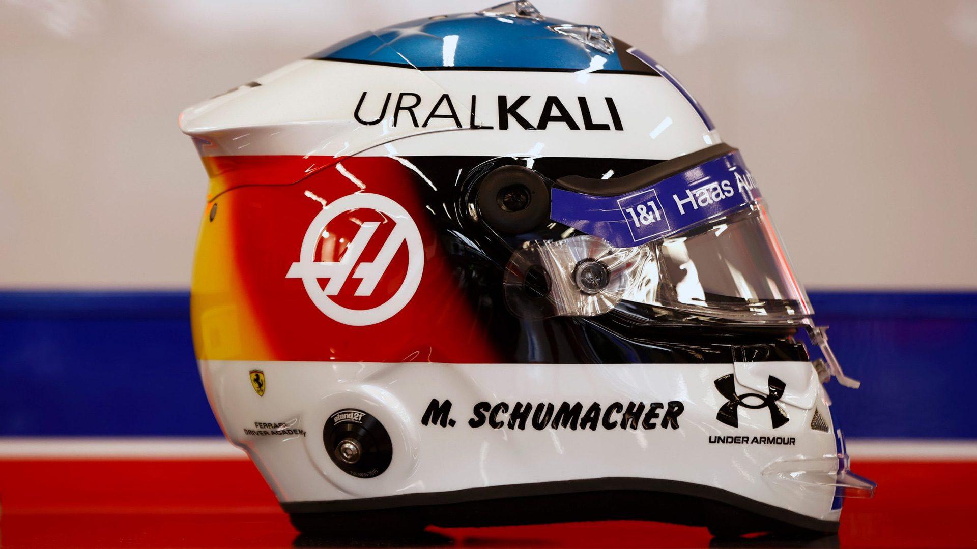 Mick_Schumacher_helmet-0001