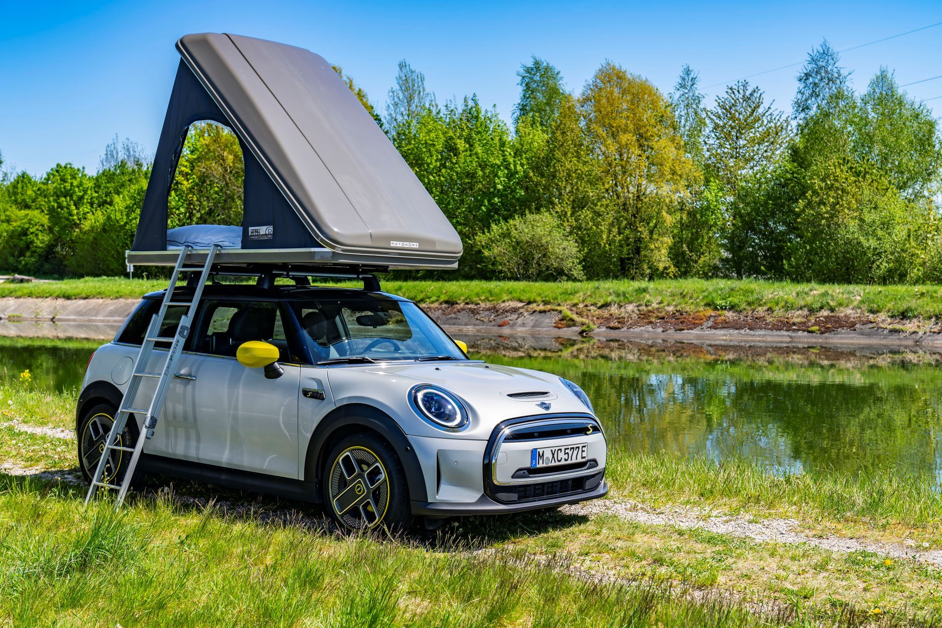 Mini-Cooper-Countryman-All4-Rooftop-Tents-11