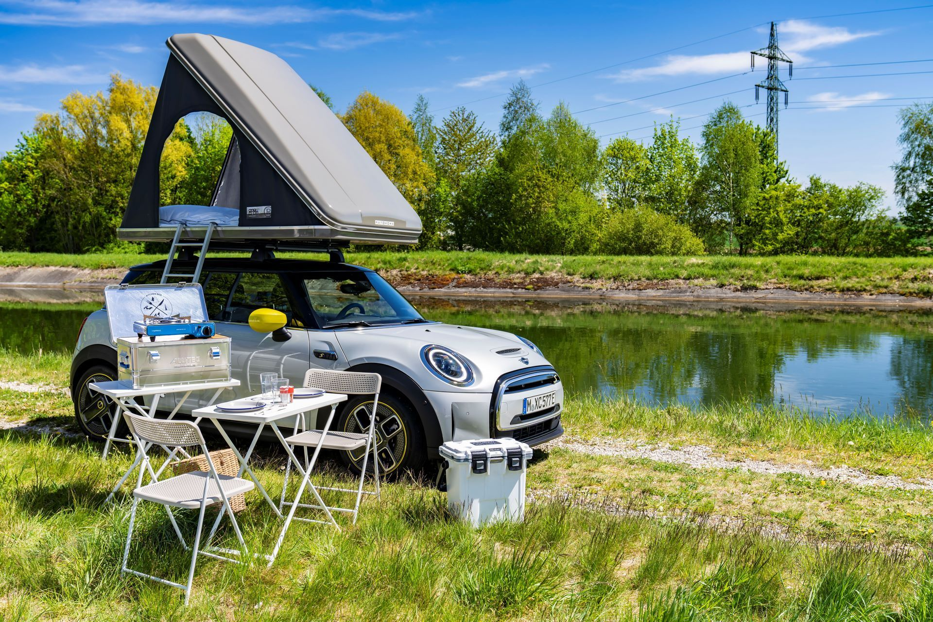 Mini-Cooper-Countryman-All4-Rooftop-Tents-12