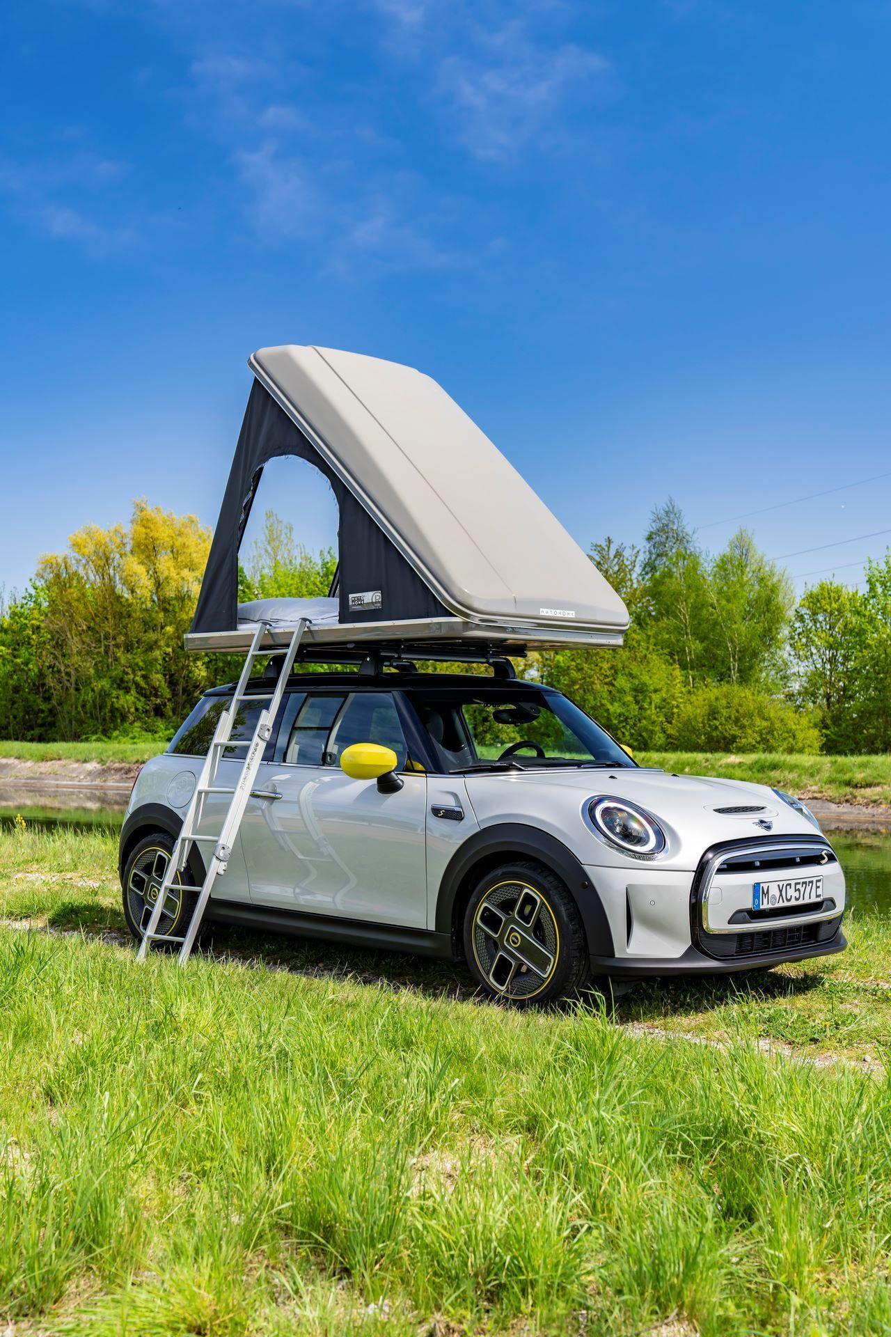 Mini-Cooper-Countryman-All4-Rooftop-Tents-16