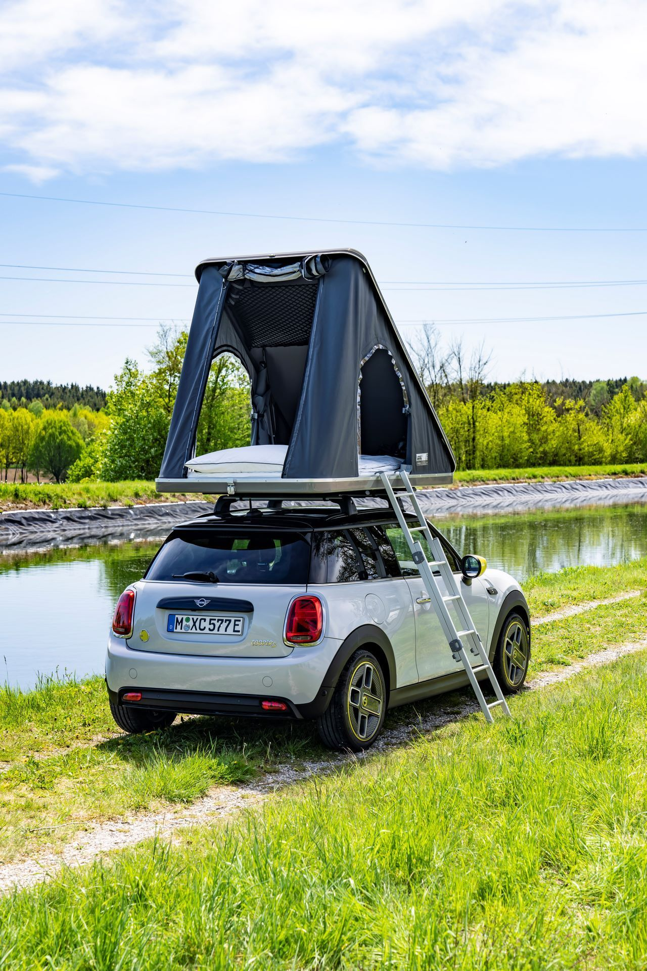 Mini-Cooper-Countryman-All4-Rooftop-Tents-18