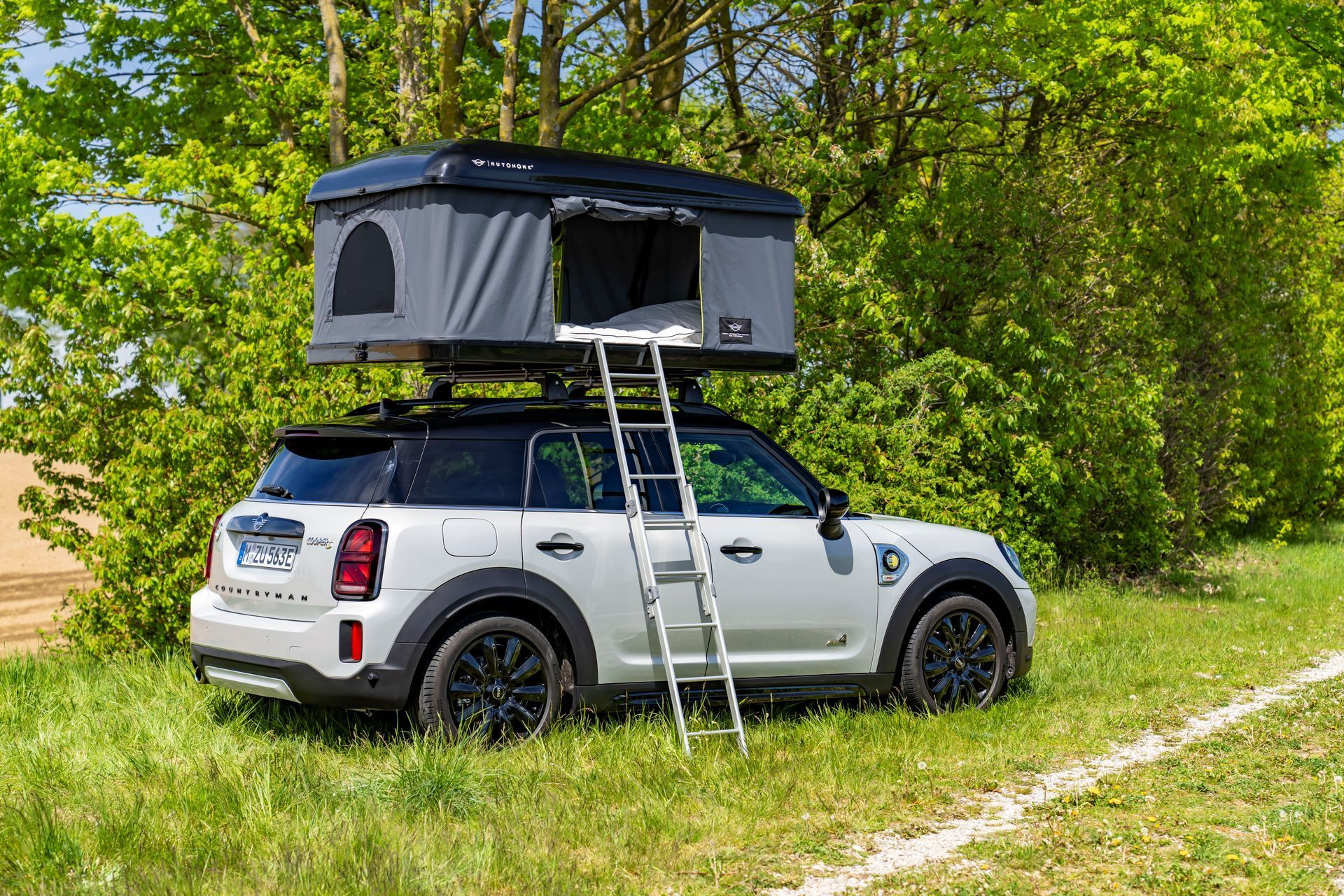 Mini-Cooper-Countryman-All4-Rooftop-Tents-22