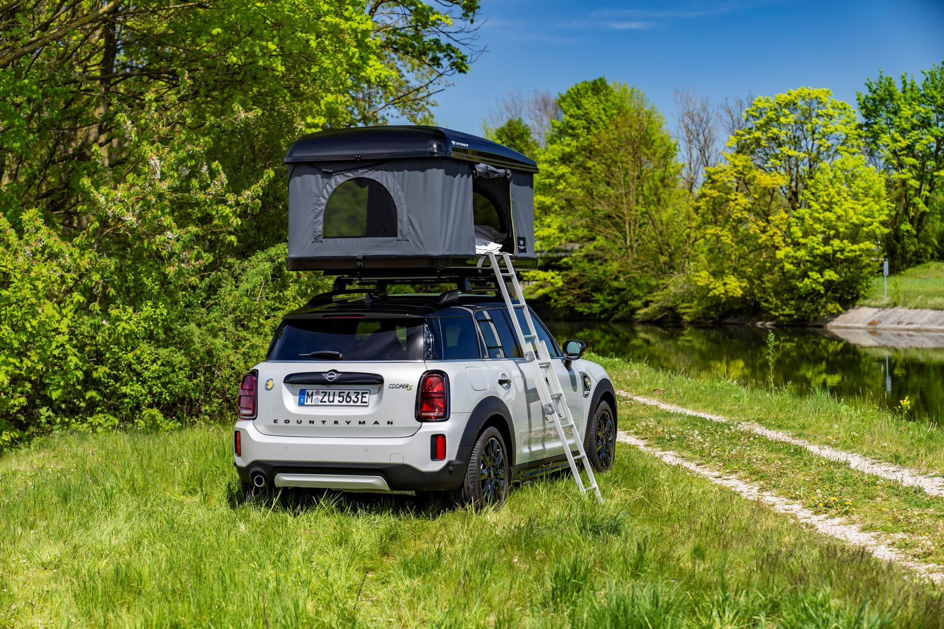 Mini-Cooper-Countryman-All4-Rooftop-Tents-23