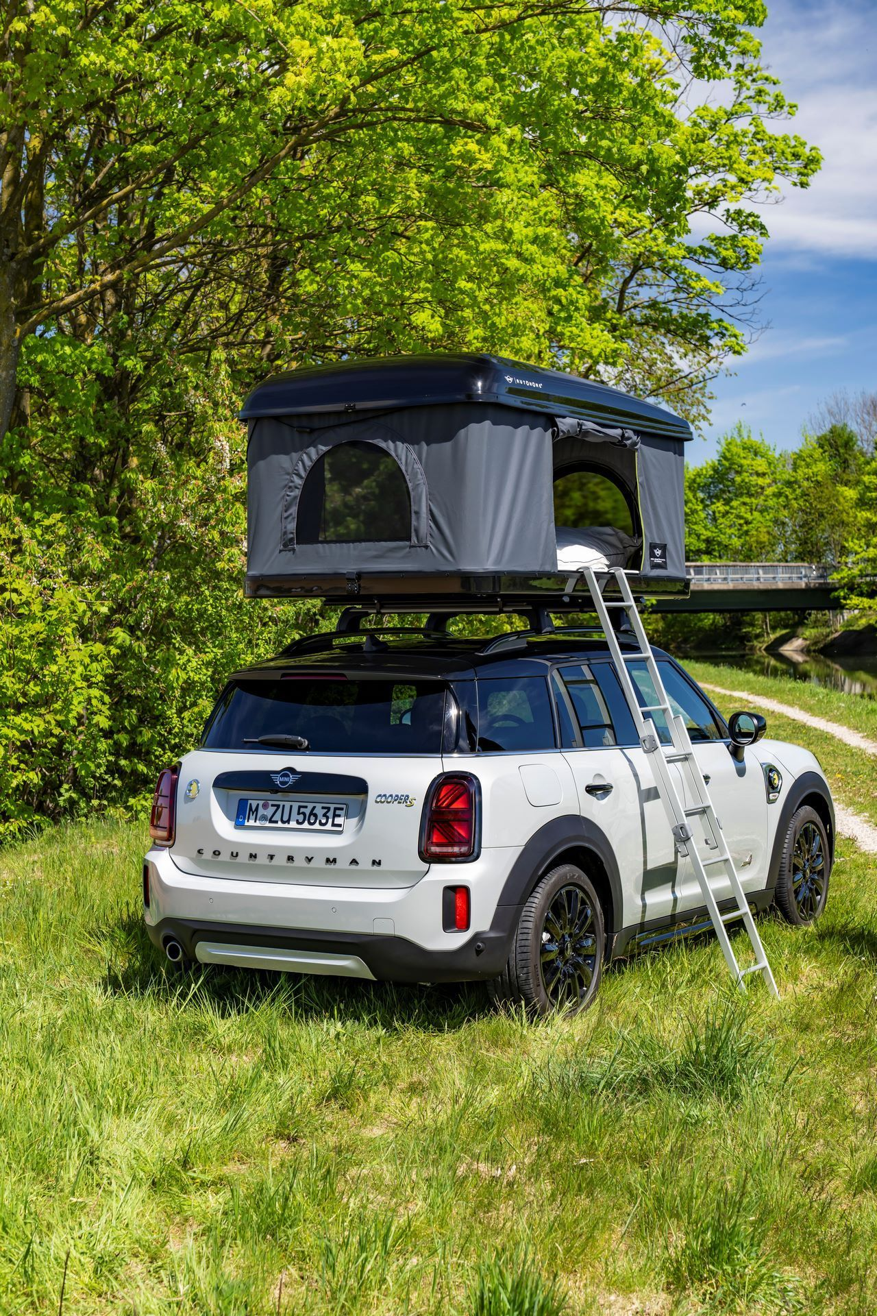 Mini-Cooper-Countryman-All4-Rooftop-Tents-24