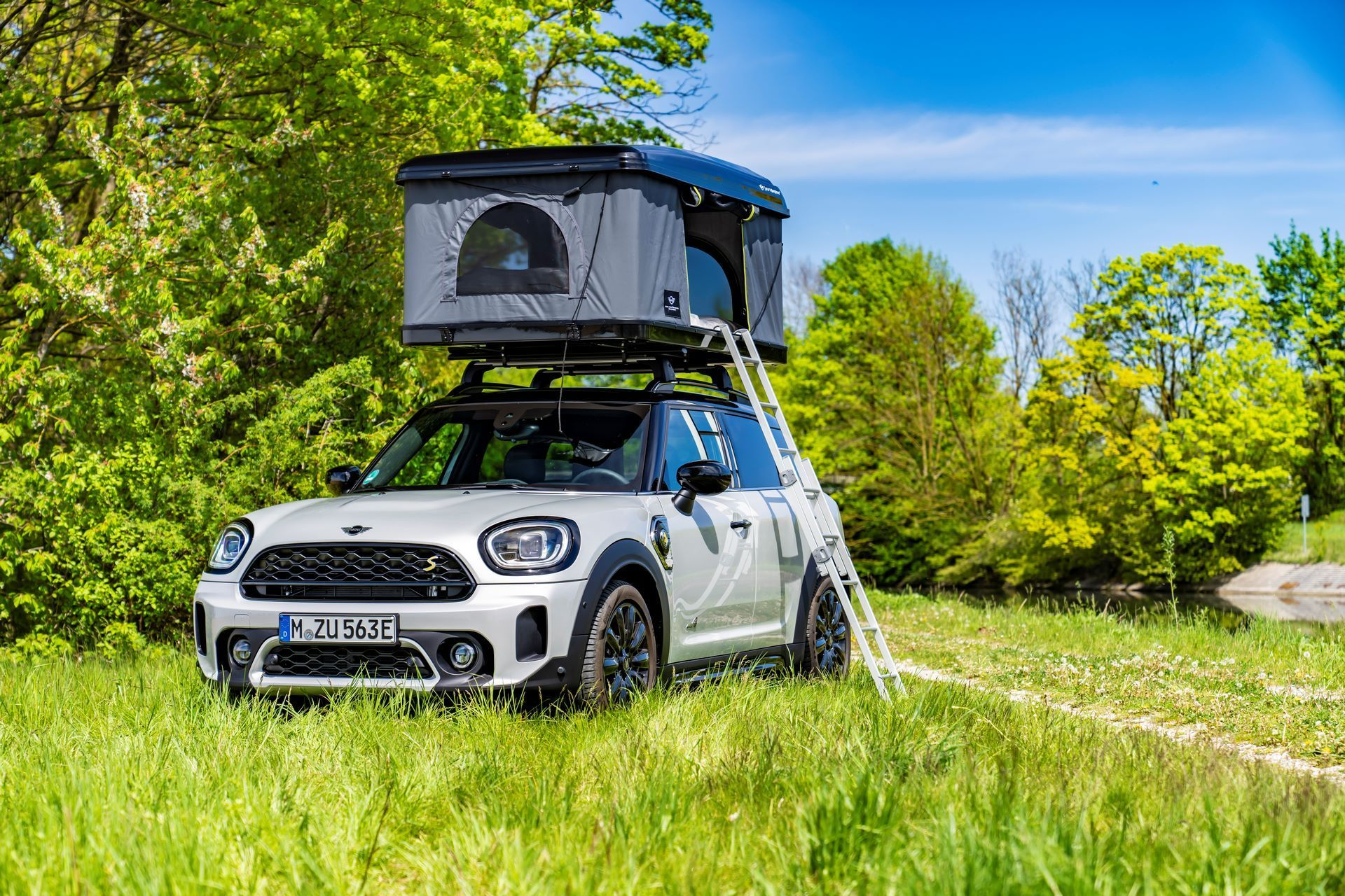 Mini-Cooper-Countryman-All4-Rooftop-Tents-27
