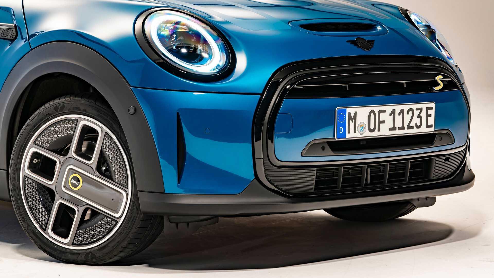 Mini-Cooper-facelift-2021-16