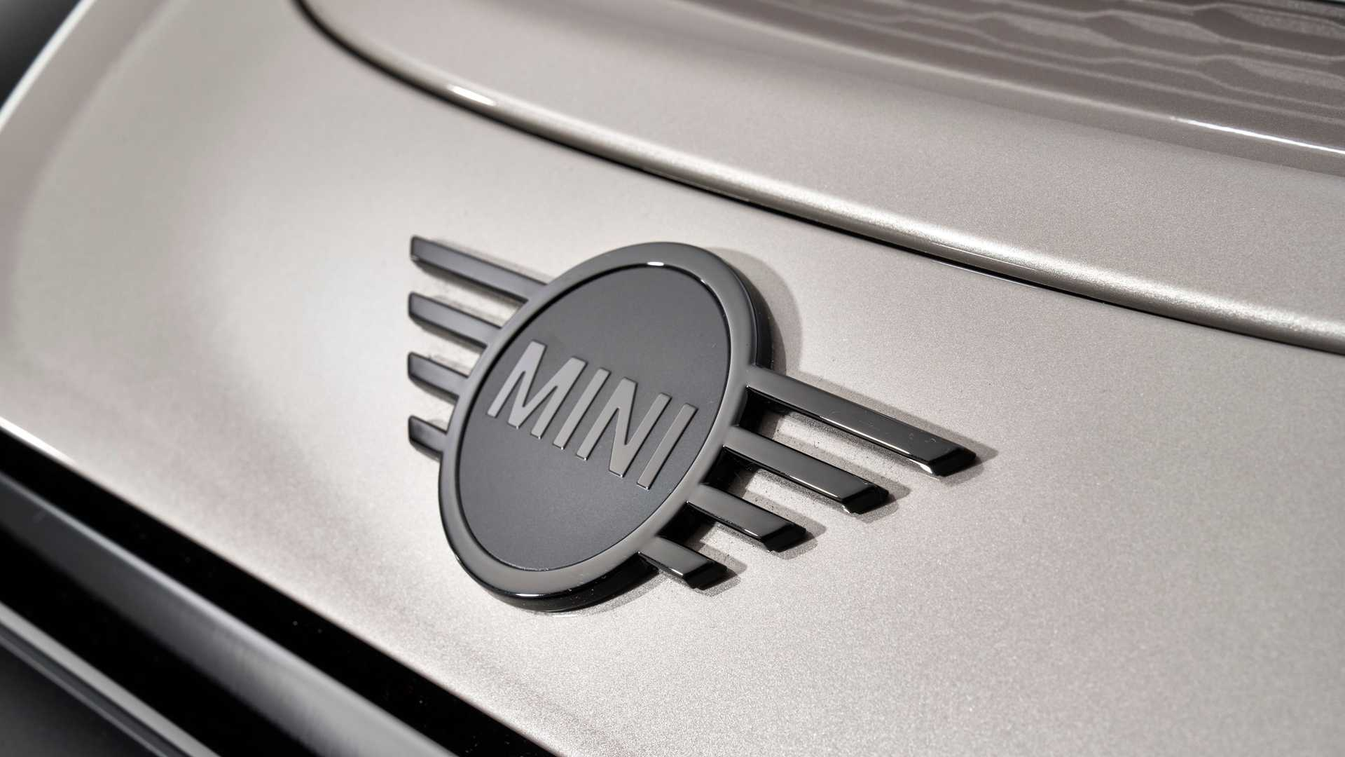 Mini-Cooper-facelift-2021-22