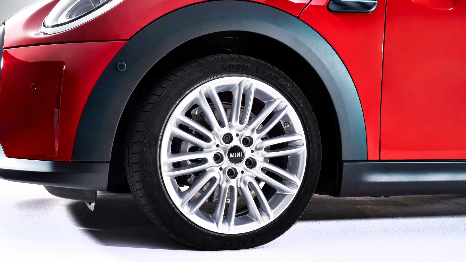 Mini-Cooper-facelift-2021-42