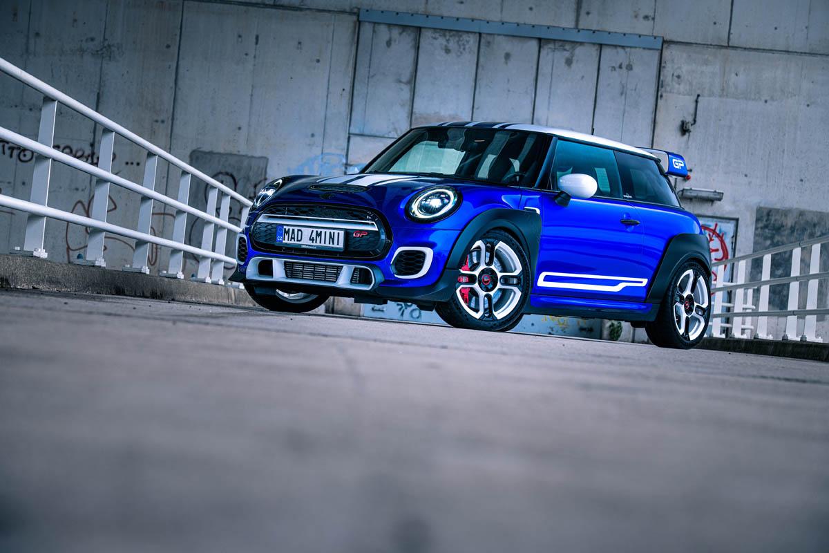 Mini-Cooper-John-Cooper-Works-GP-by-Beek-Auto-Racing-1