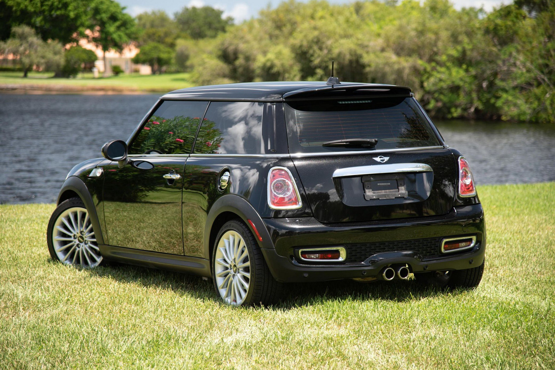 Mini_Cooper_S_Inspired_by_Goodwood-0005