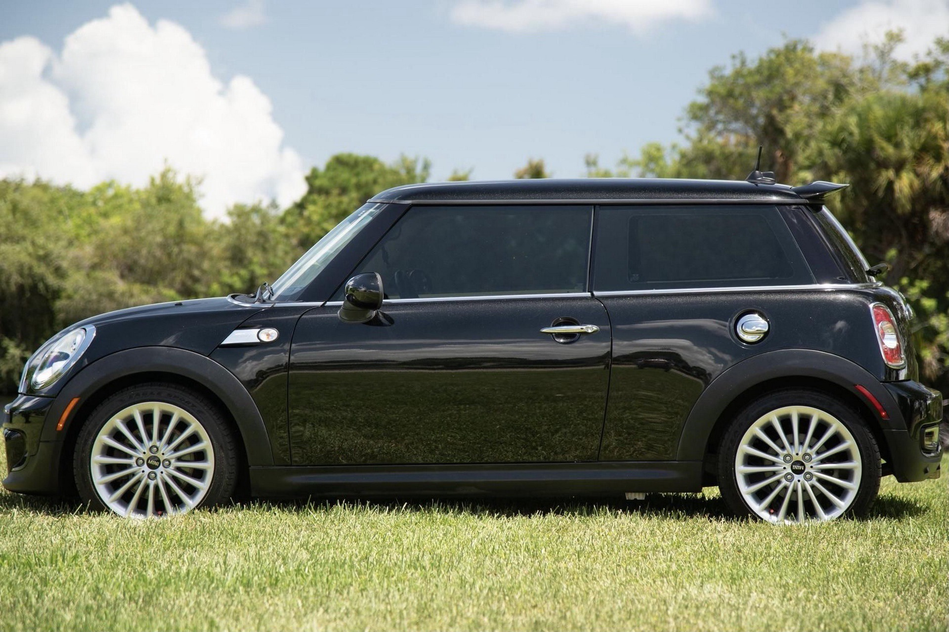 Mini_Cooper_S_Inspired_by_Goodwood-0023