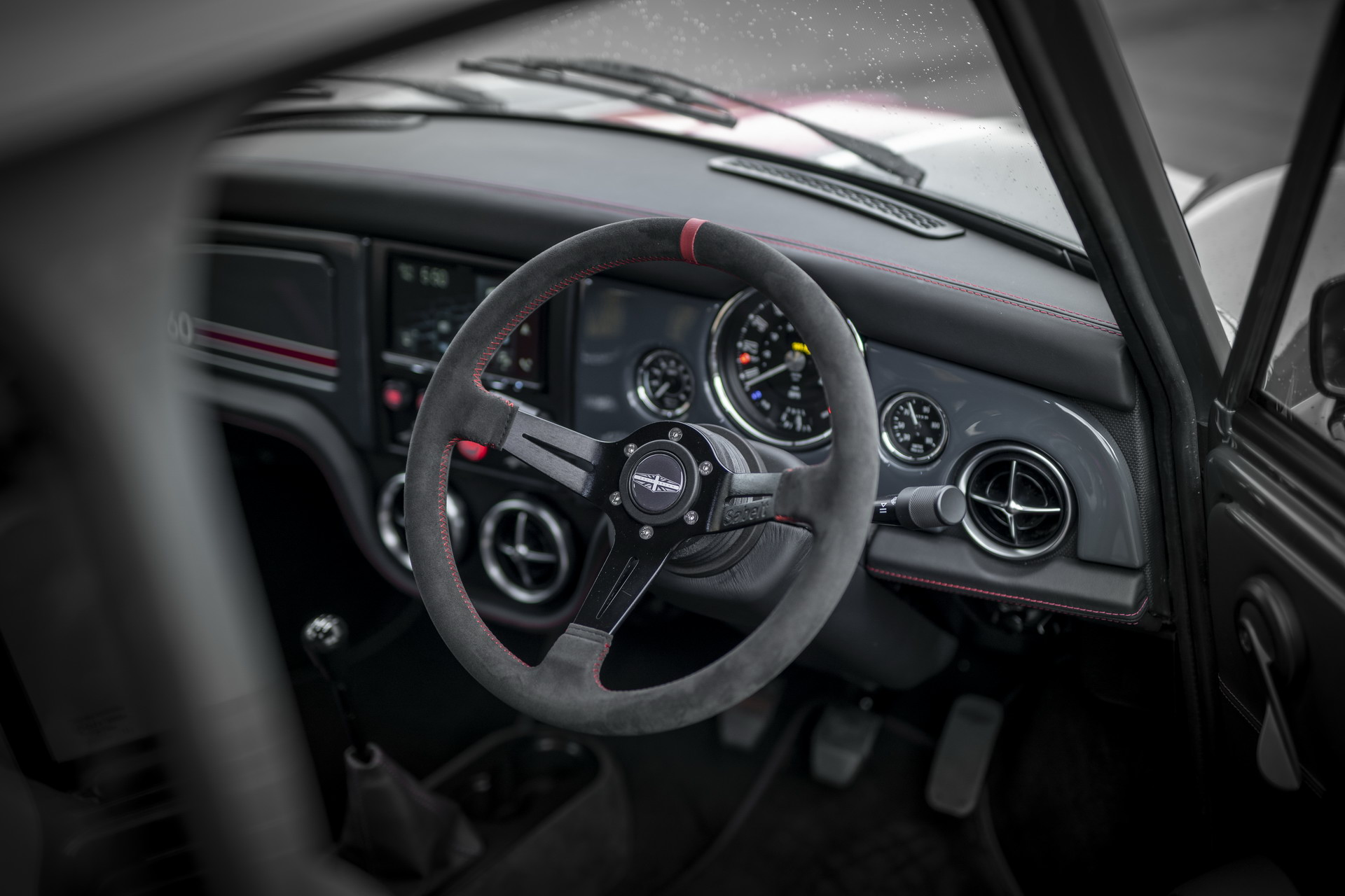 Mini-Remastered-Oselli-Edition-by-David-Brown-Automotive-10