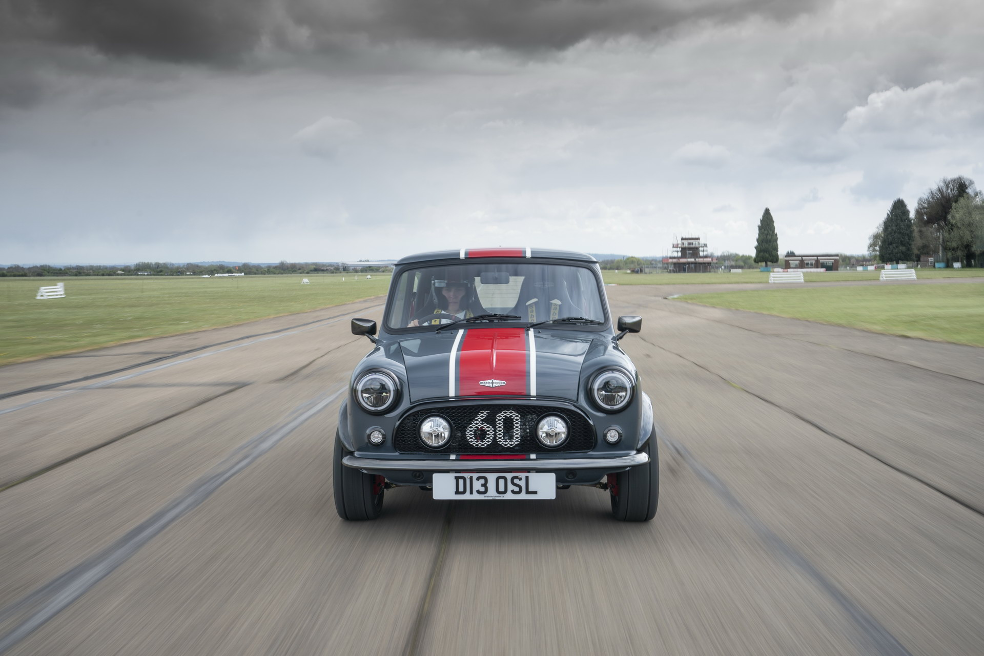 Mini-Remastered-Oselli-Edition-by-David-Brown-Automotive-2
