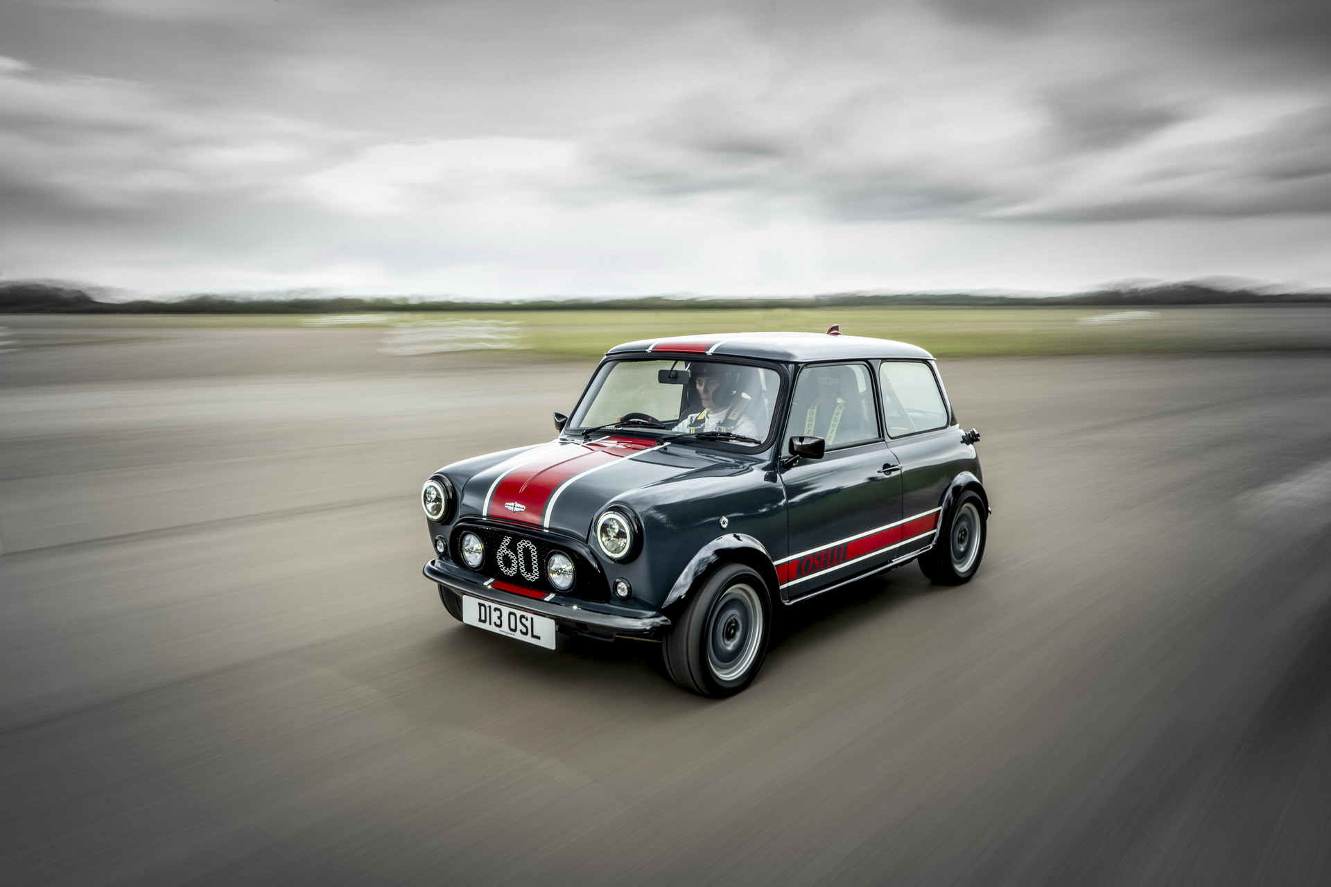 Mini-Remastered-Oselli-Edition-by-David-Brown-Automotive-4