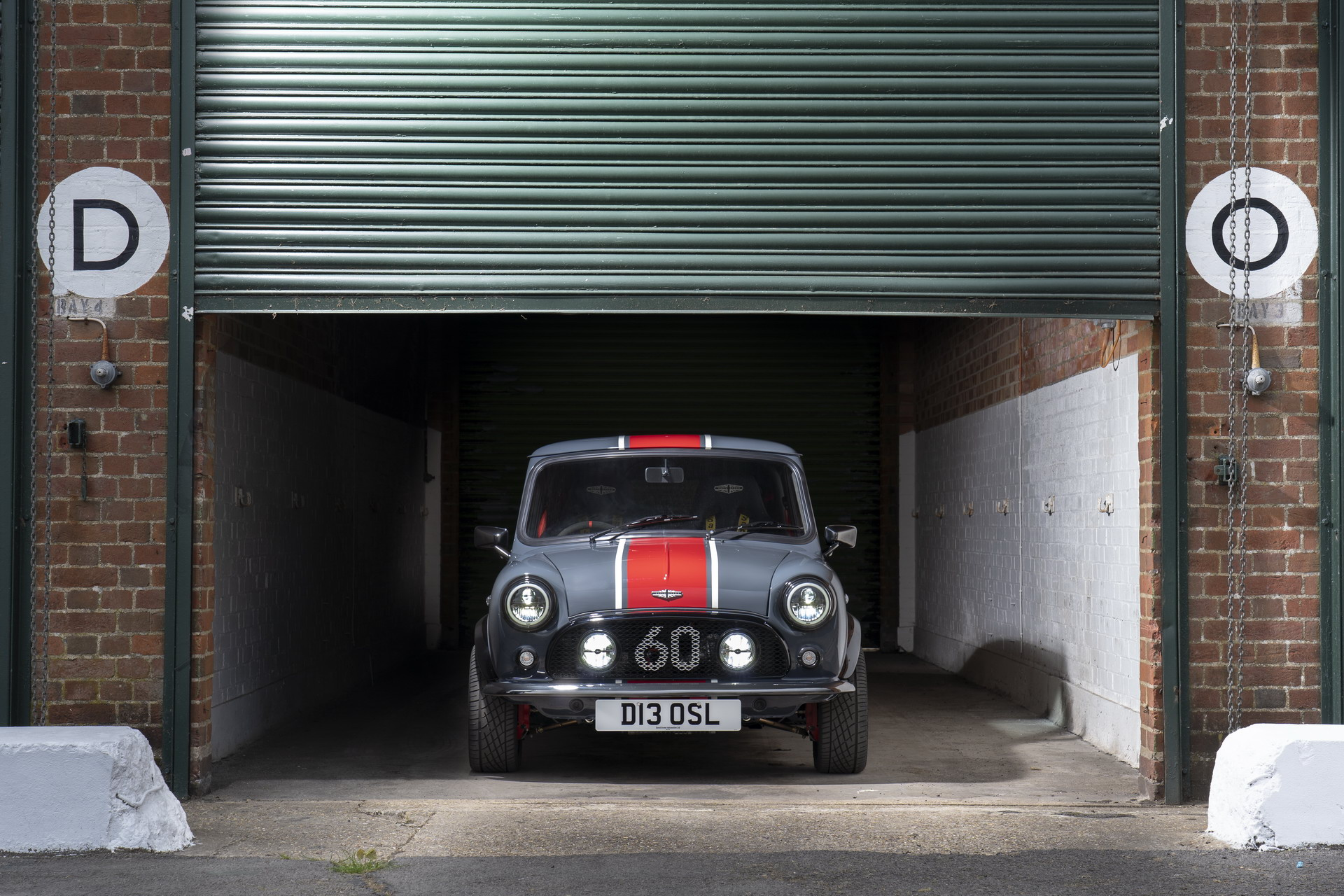 Mini-Remastered-Oselli-Edition-by-David-Brown-Automotive-7