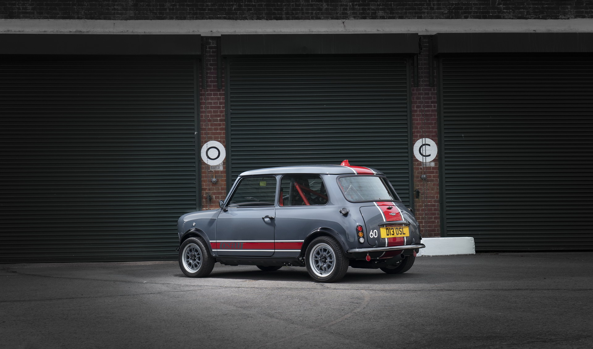 Mini-Remastered-Oselli-Edition-by-David-Brown-Automotive-8