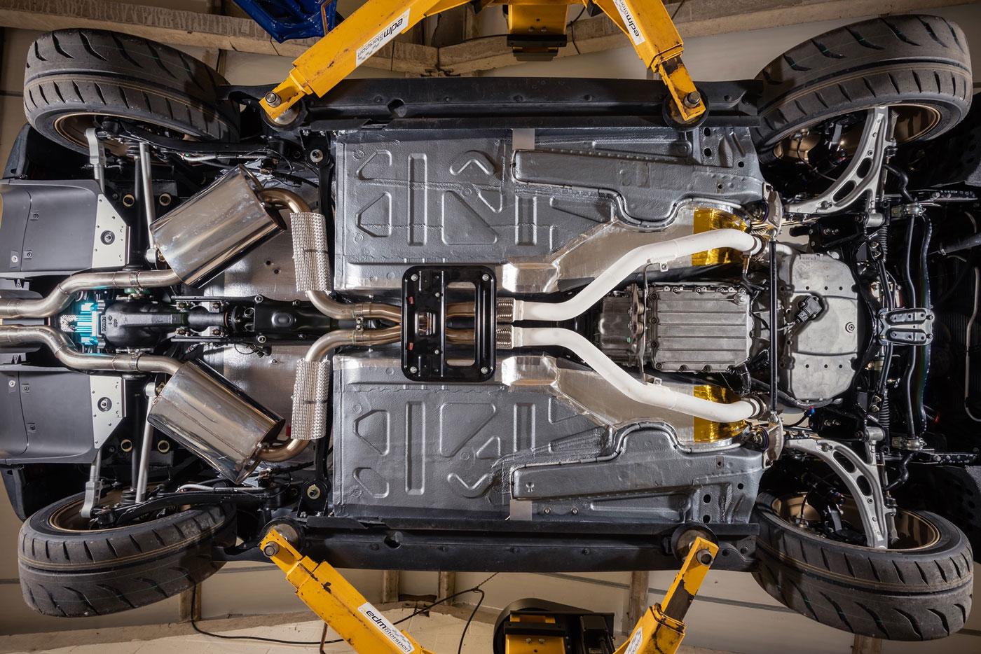 Mini-Vini-BMW-M3-V8-engine-swap-4