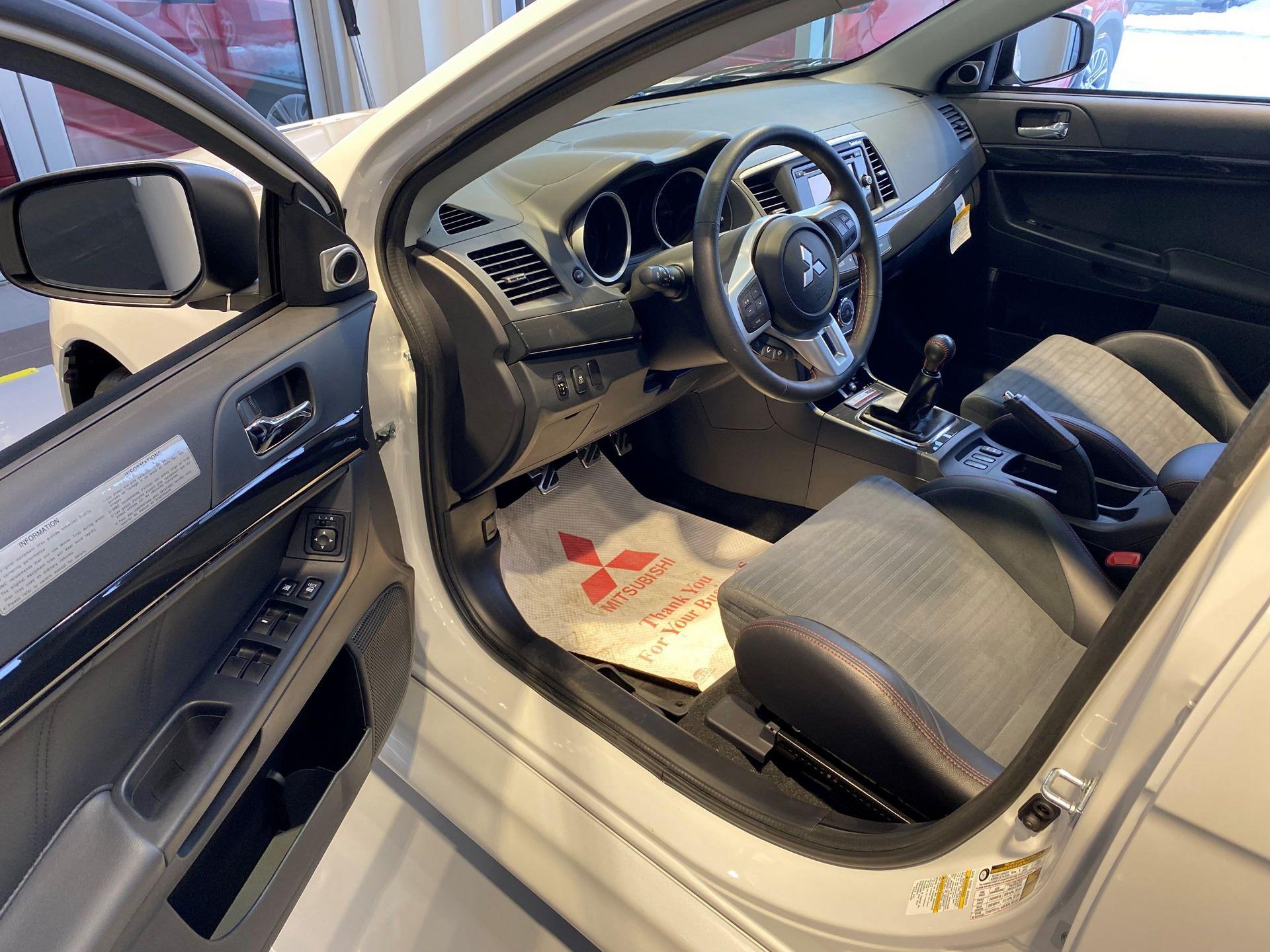 Mitsubishi-Lancer-Evo-Final-Edition-for-sale-13