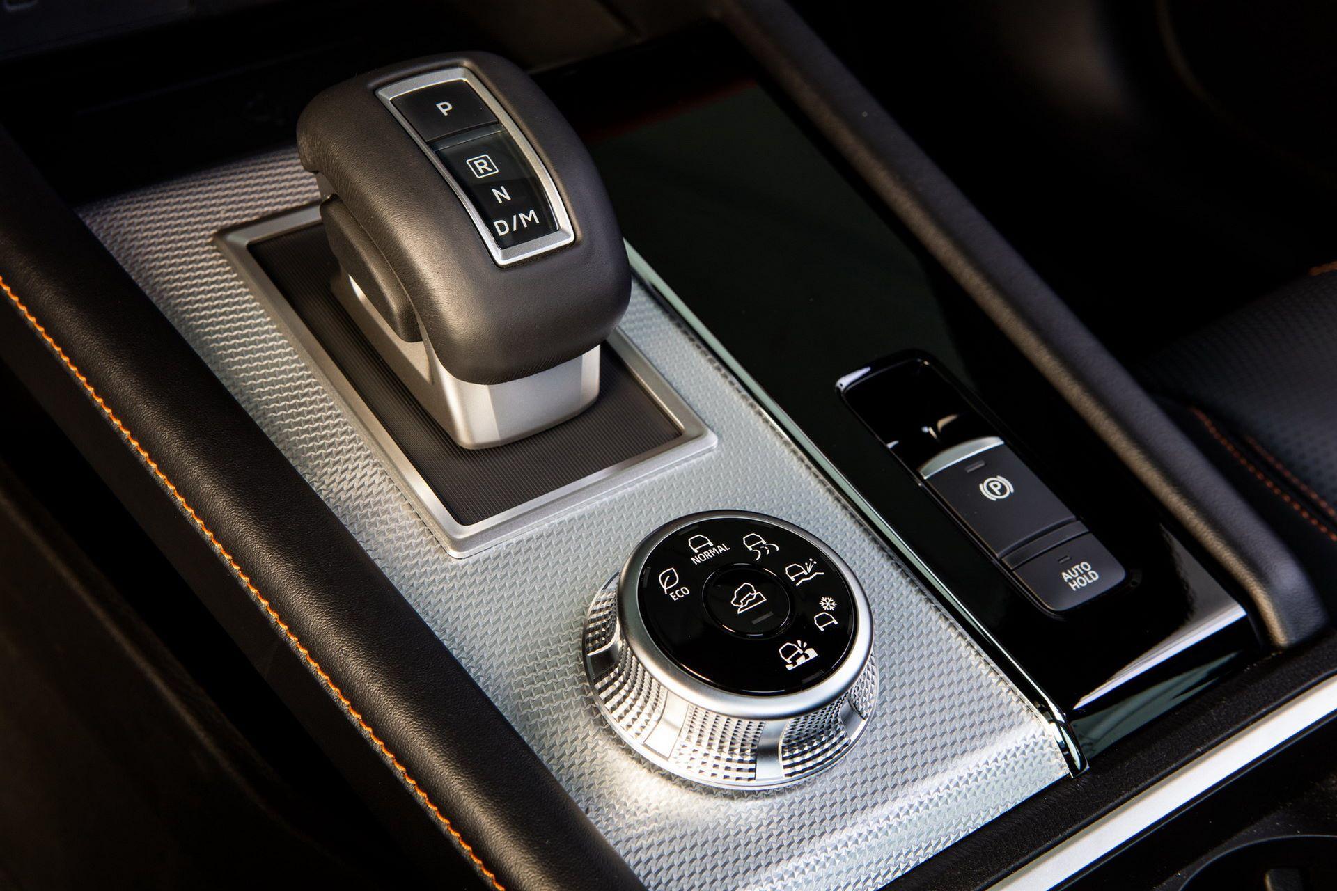 Mitsubishi-Outlander-2021-39